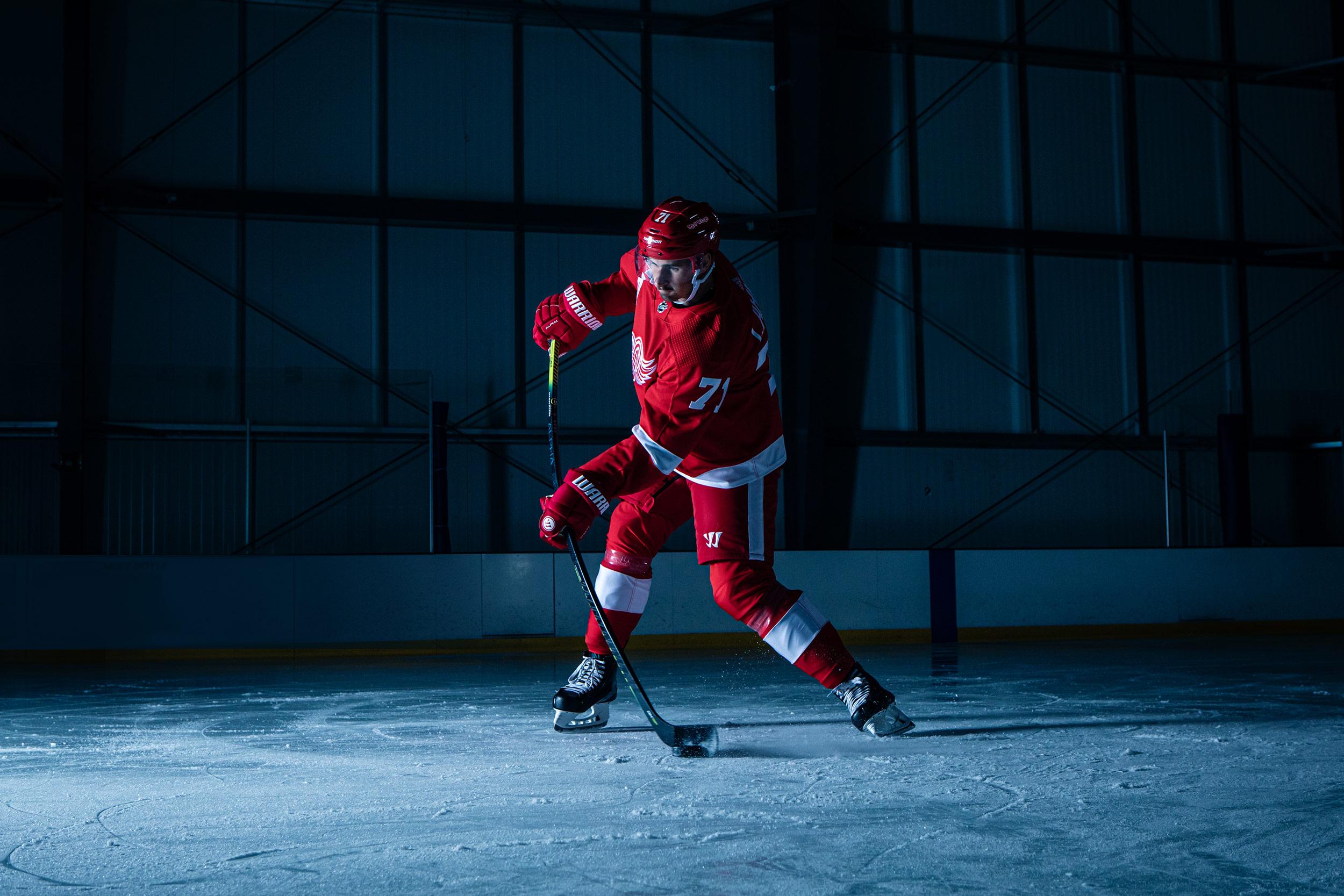 FAIR-FOLK-DYLAN-LARKIN-HOCKEY-NHL-1.jpg