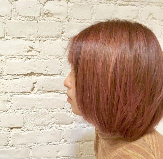 Holiday mood 🎁🎊🌌 #haircolor #bleach #hairdye #color #highlight #hairsalon #bobhaircut #bobhairstyles #pink #pinkhair #hightone #hoyuusa #lanza #hairstyles #redken #semipermanenthairdye #demipermanentconditioner #japanesehairsalon #westvillage #greenwichvillage #ny #manhattan
