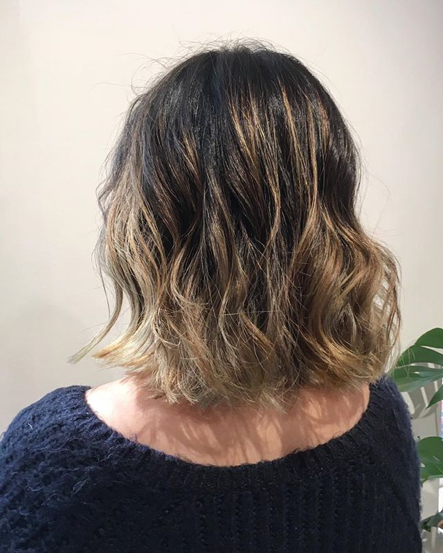 Sums up our clients' patient for achieving this light level 👍  #asianhairstyle #haircolor #balayage #ombre #hightonecolor #hairsalon #japanesesalon #greenwichvillage #nyc #bobhaircut #dimensionalblonde #hoyu #olaplex #wella #bleachedhair