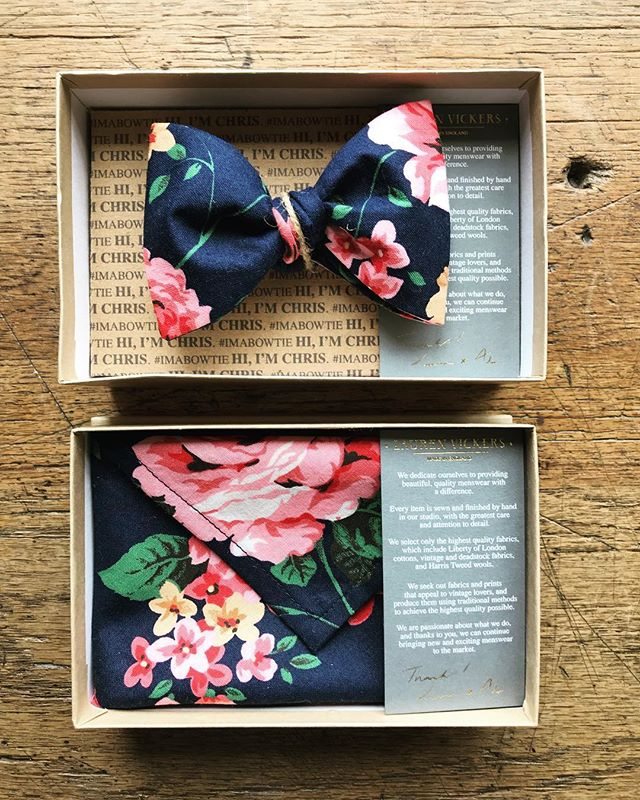 Custom floral cotton ordered to compliment his partners dress for a wedding, that's coordination! 👌🏼 . . . . #bowtie #pocketsquare #handkerchief  #mensfashion #mensaccessories #weddingdetails #weddingstyle #menstyle #floral