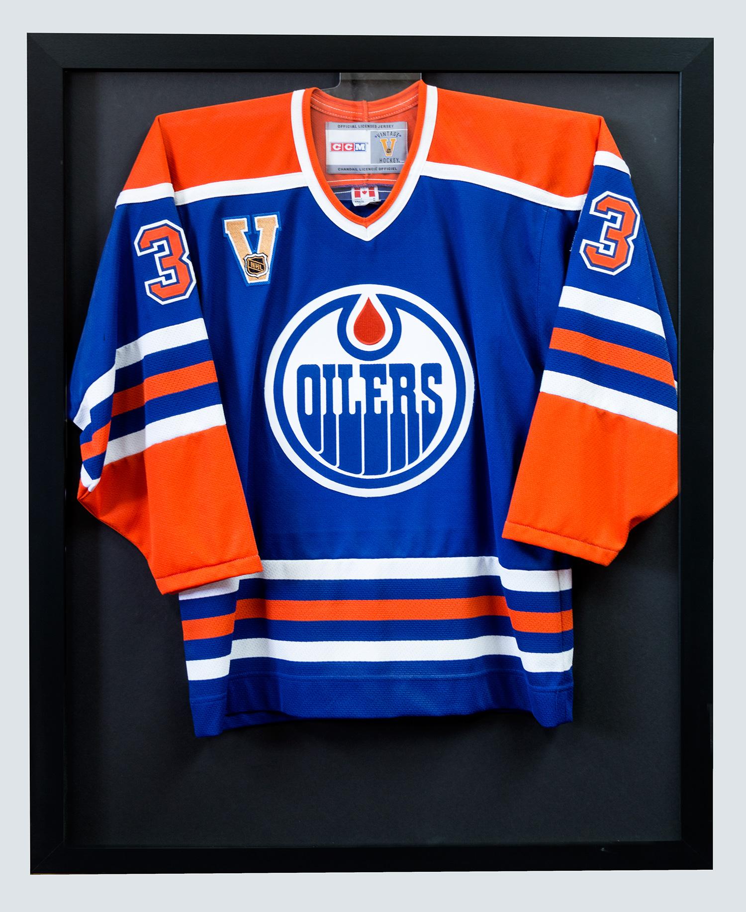 Oiler hockey jersey in custom jersey box