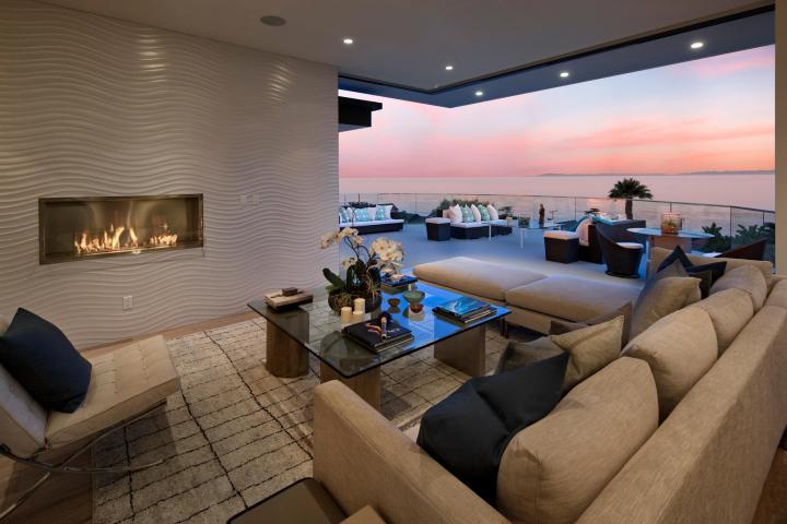 Beautiful Santa Barbara Contemporary