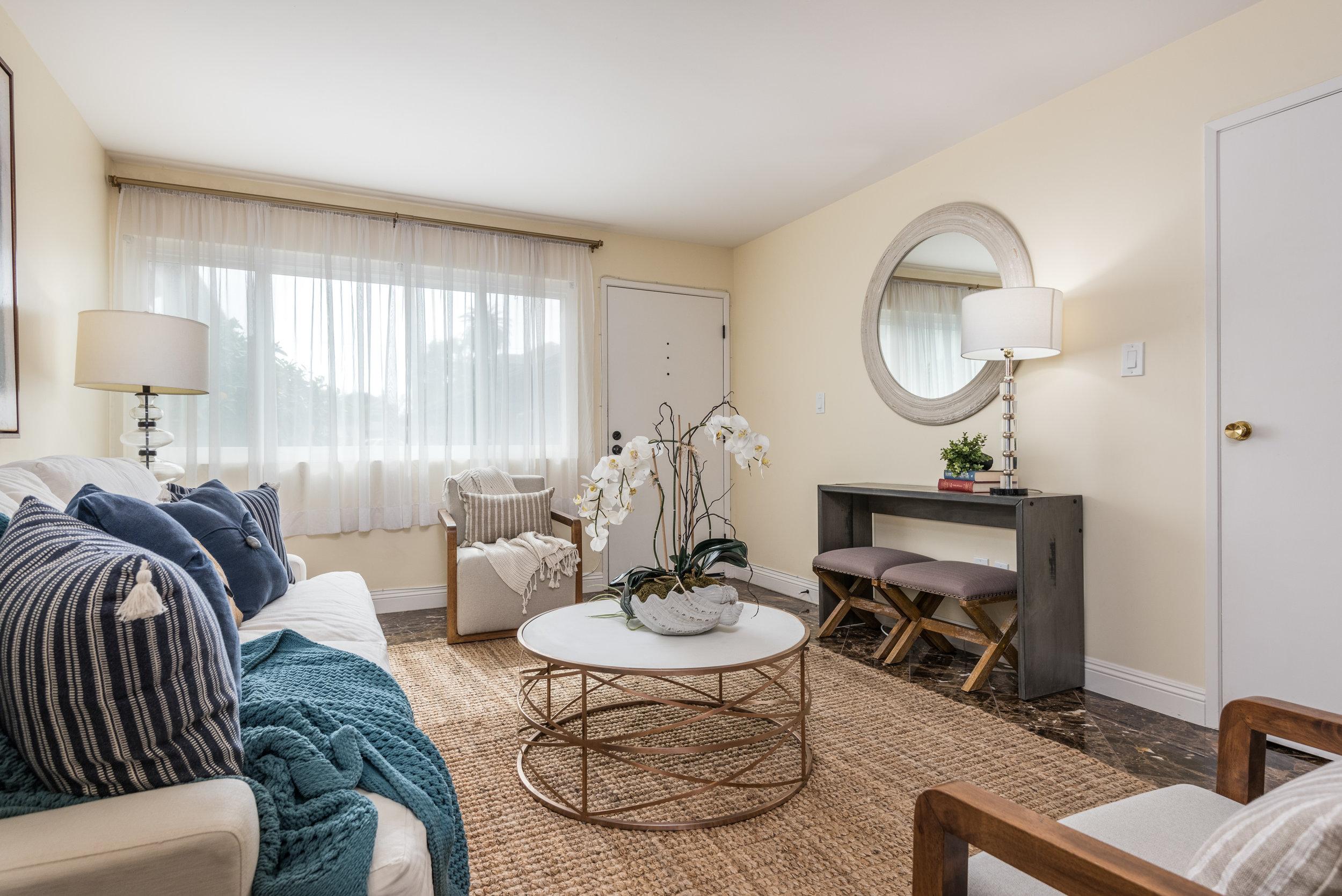 003_03-Living Room.jpg