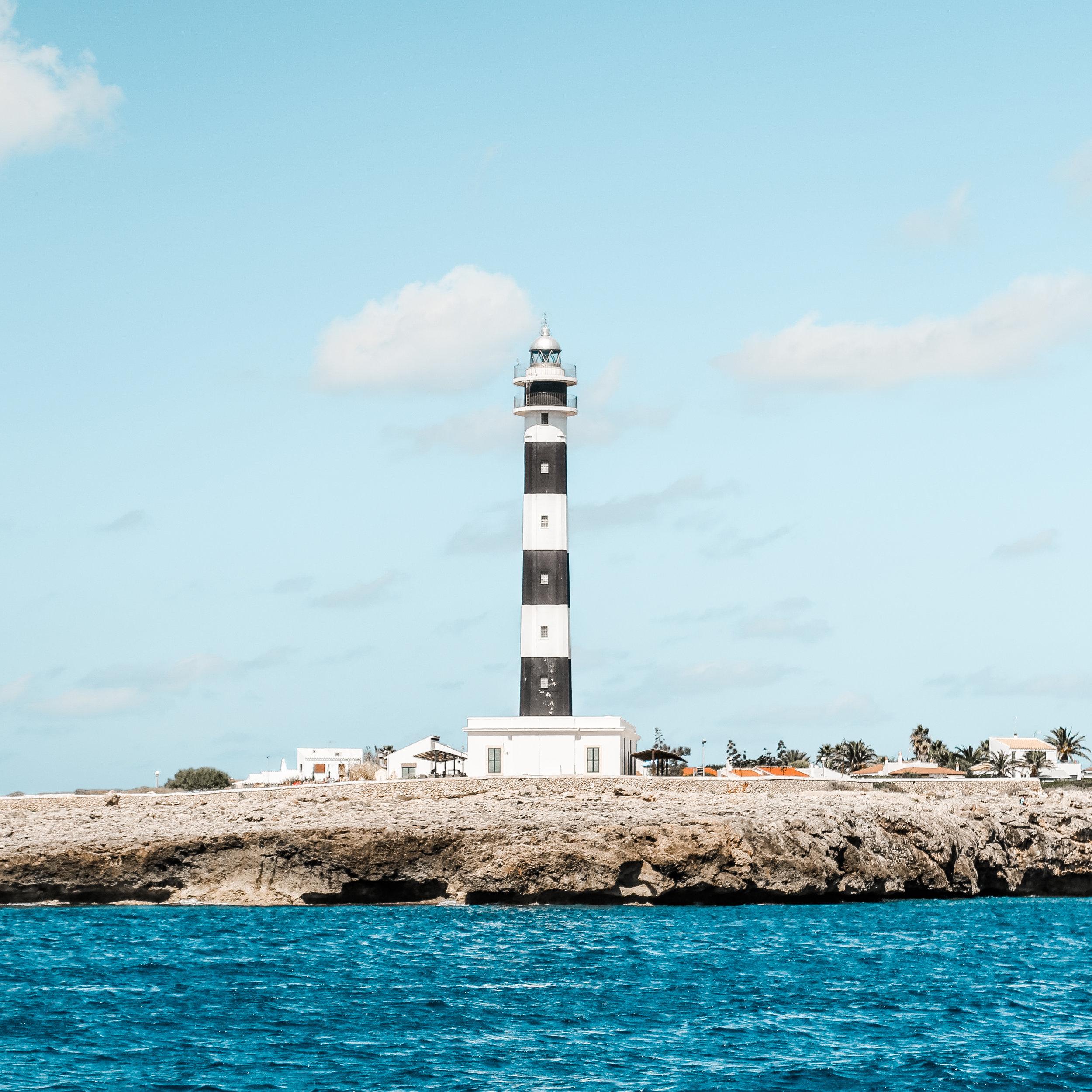 Macarella Menorca *.jpg