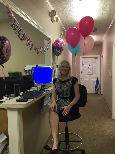My co-workers decorated my desk area :) No way to hide that it was in deed my birthday today