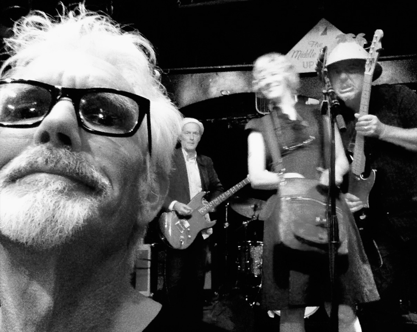 Johnny Dowd selfie with The Mekons.