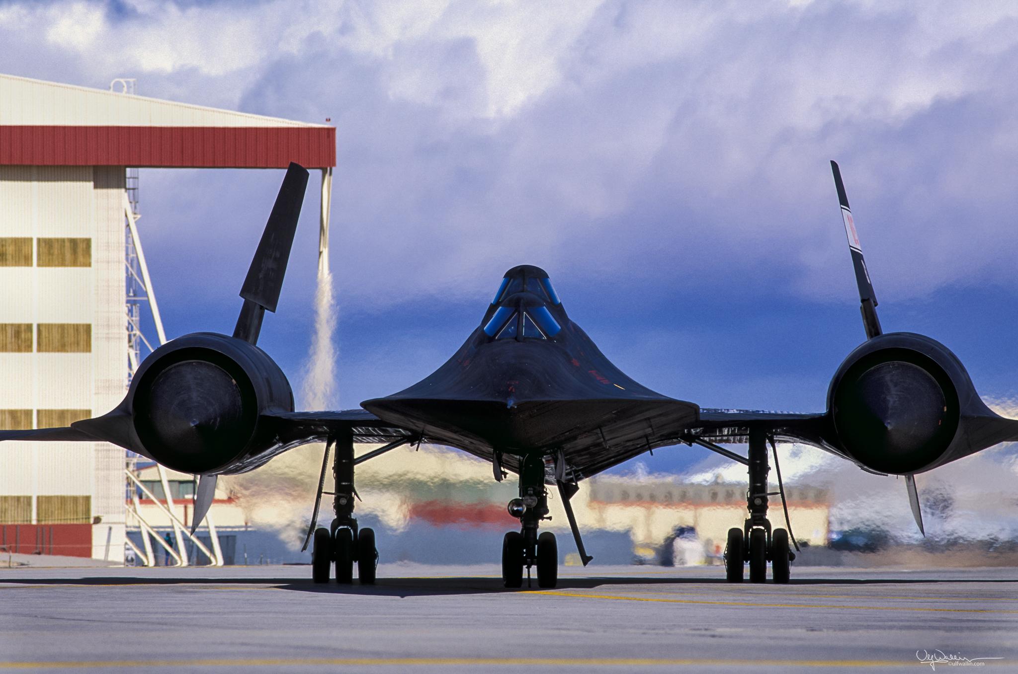 SR-71 B Blackbird