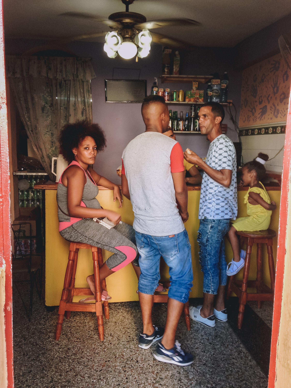 Qué Loucura: uma das nossas portinhas preferidas em Centro Havana,na av. Galliano