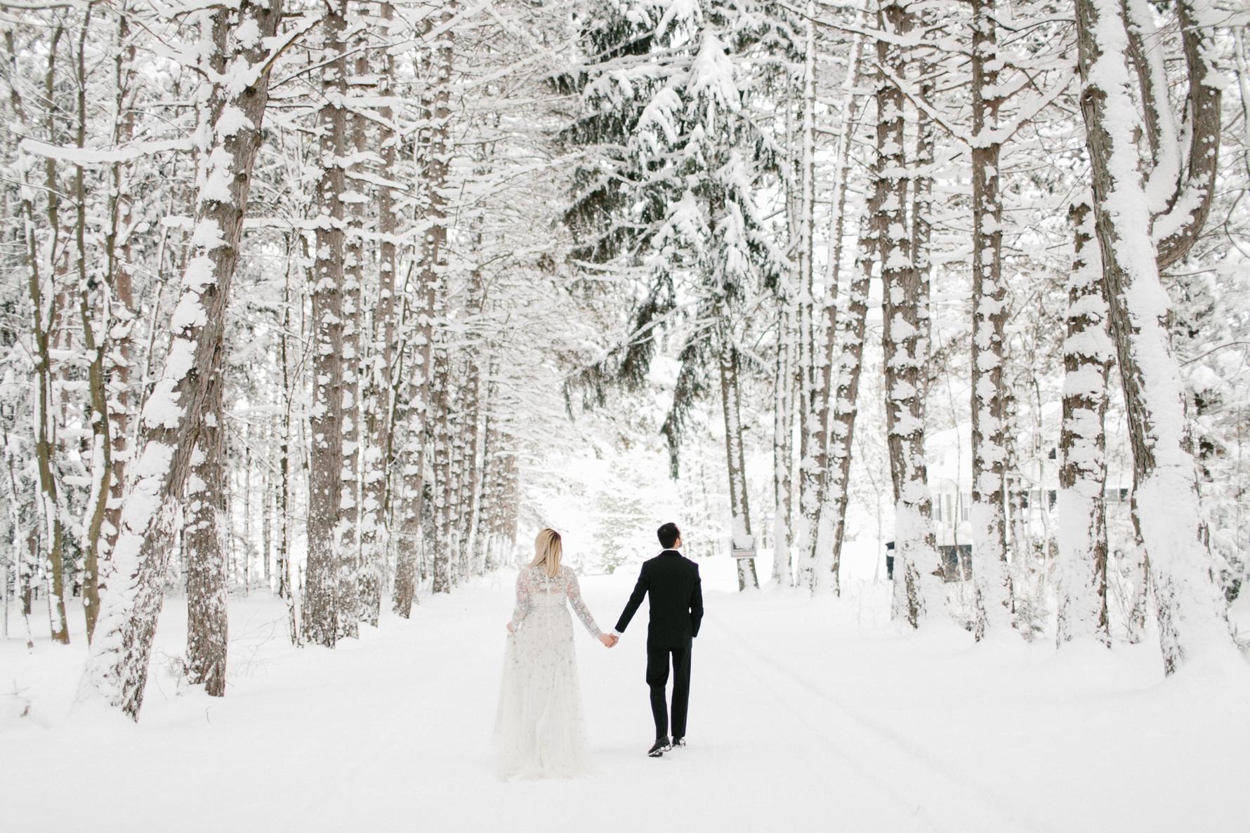 P + D's Winter Wedding at Castle Farms