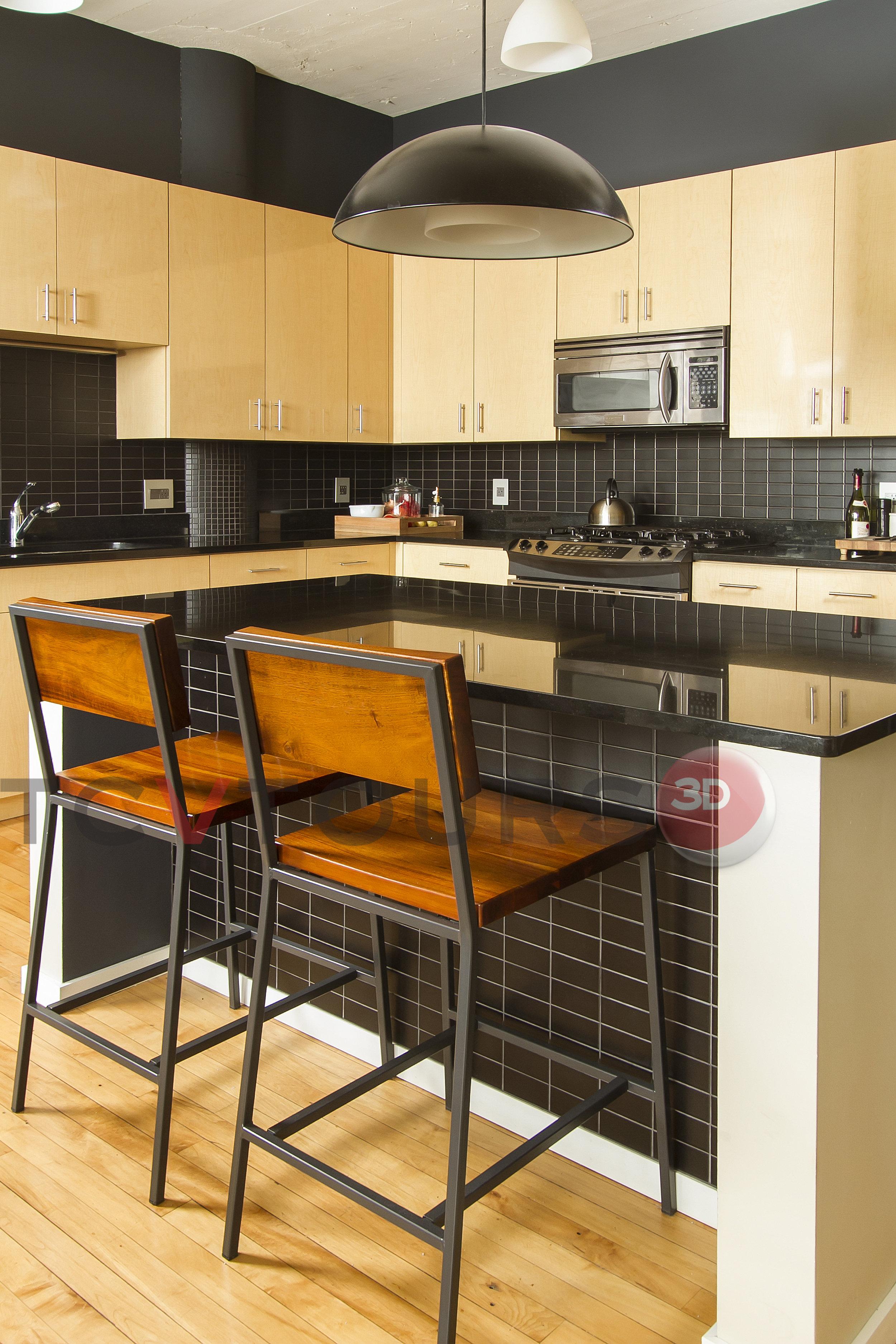 017_kitchen island vert H20.jpg