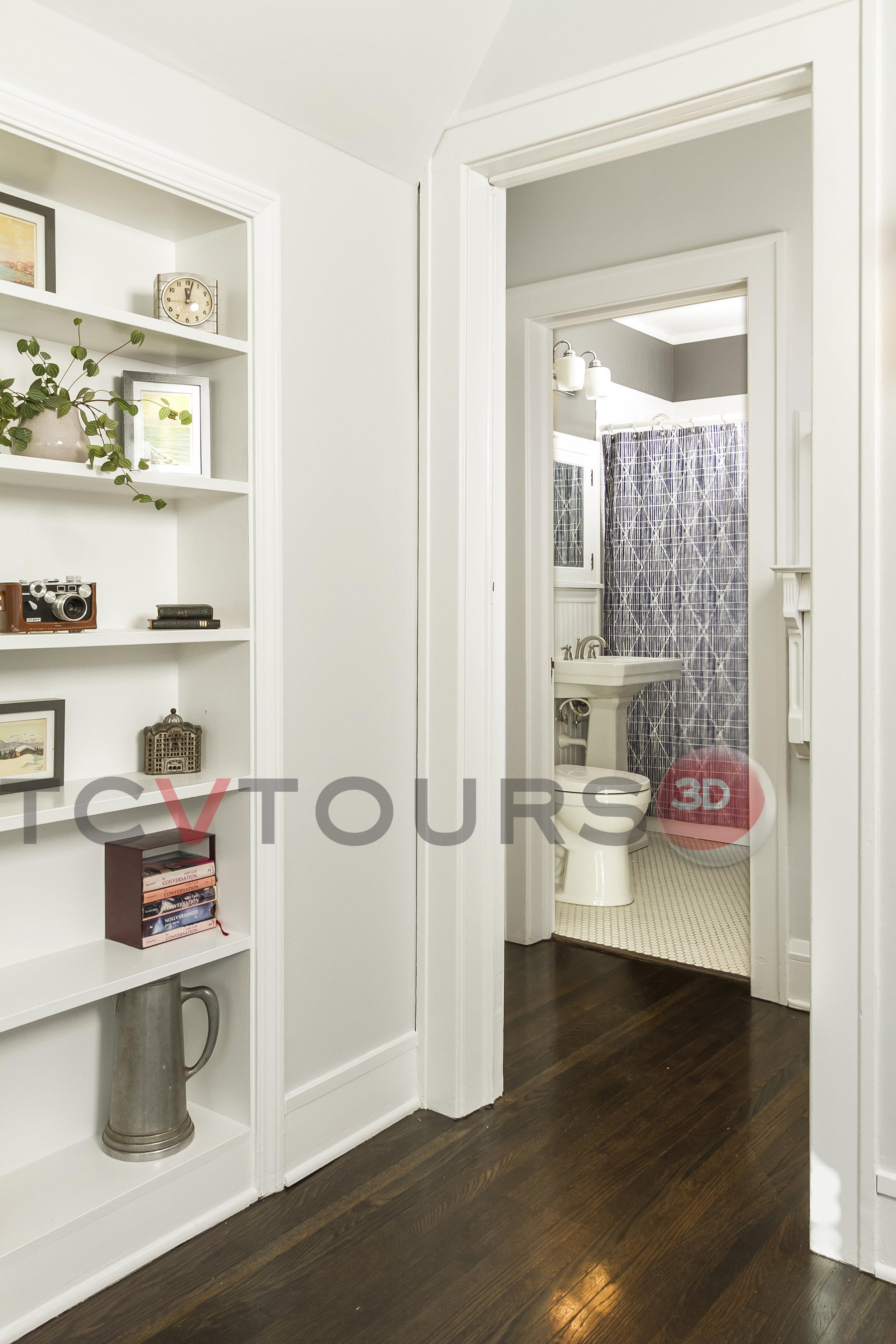 033_bathroom main wide H20.jpg