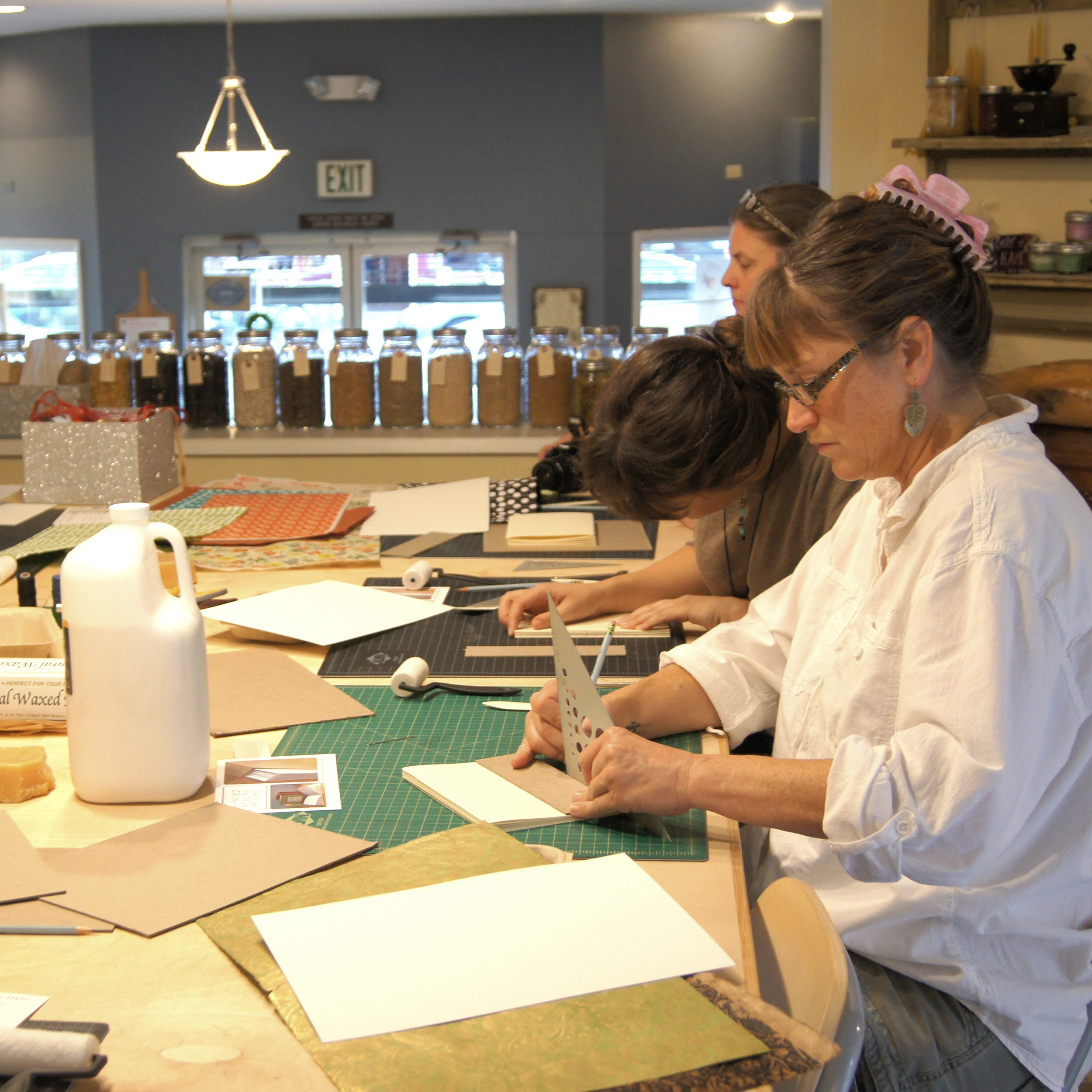 group bookbinding classes in Portland