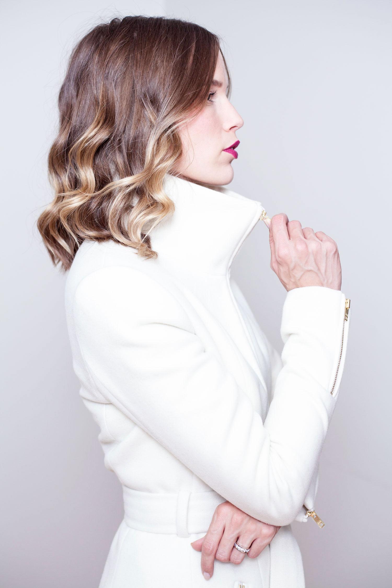 Collar-Closed-Ivory-Zipper-Coat.jpg