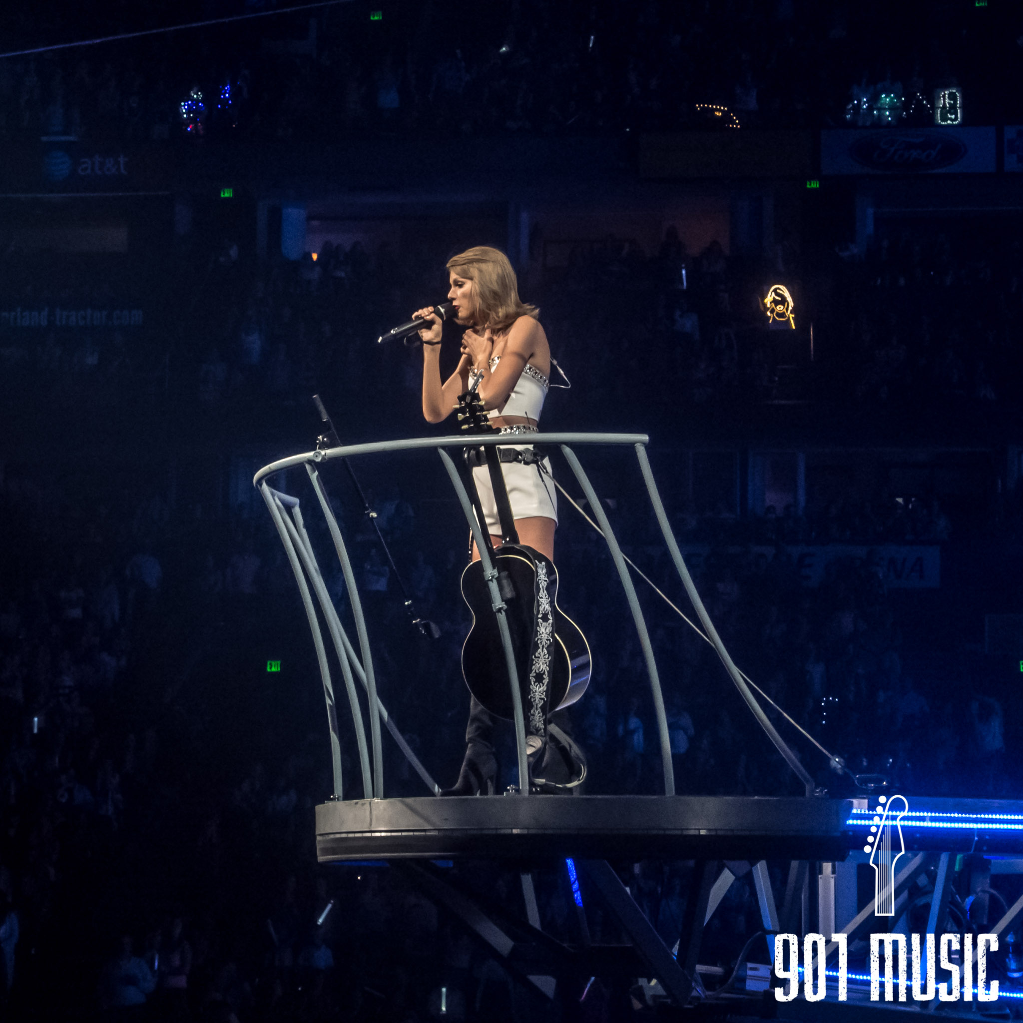 jr-0926-Taylor Swift-11.jpg