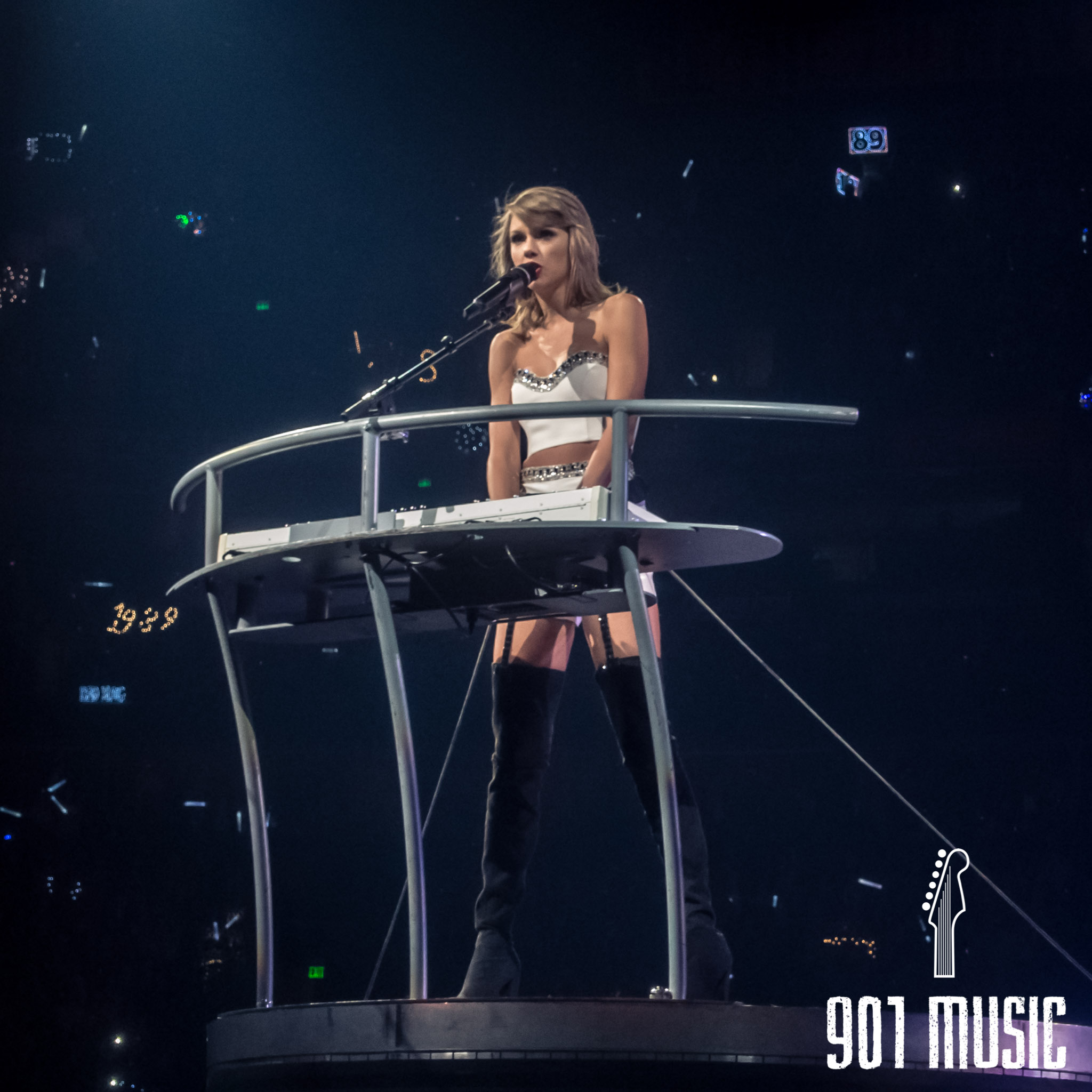 jr-0926-Taylor Swift-17.jpg