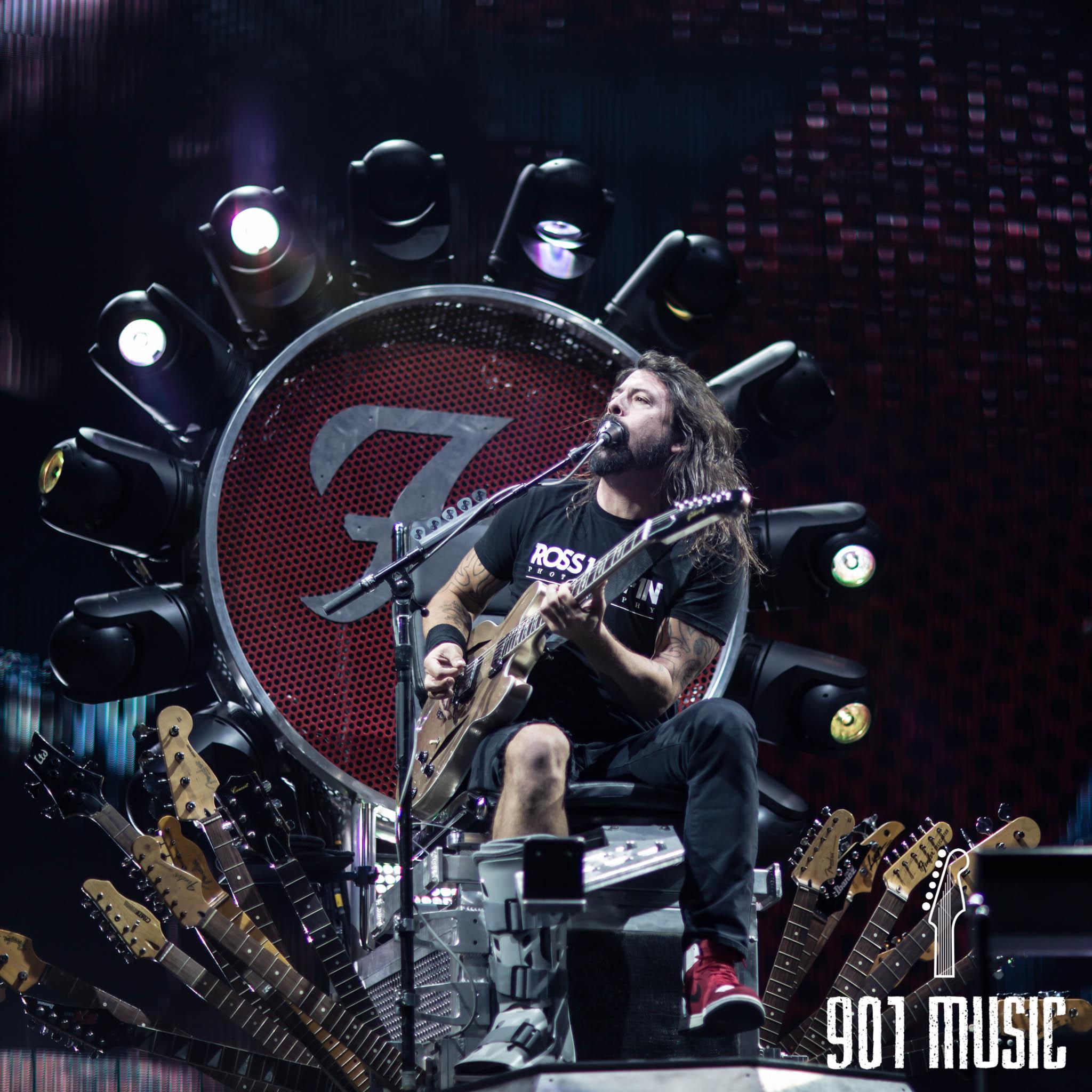 na-1007-Foo Fighters-5.jpg