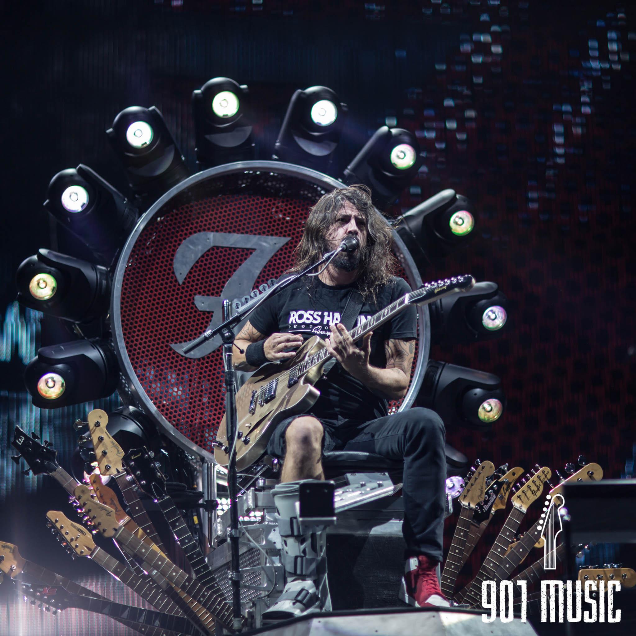 na-1007-Foo Fighters-6.jpg