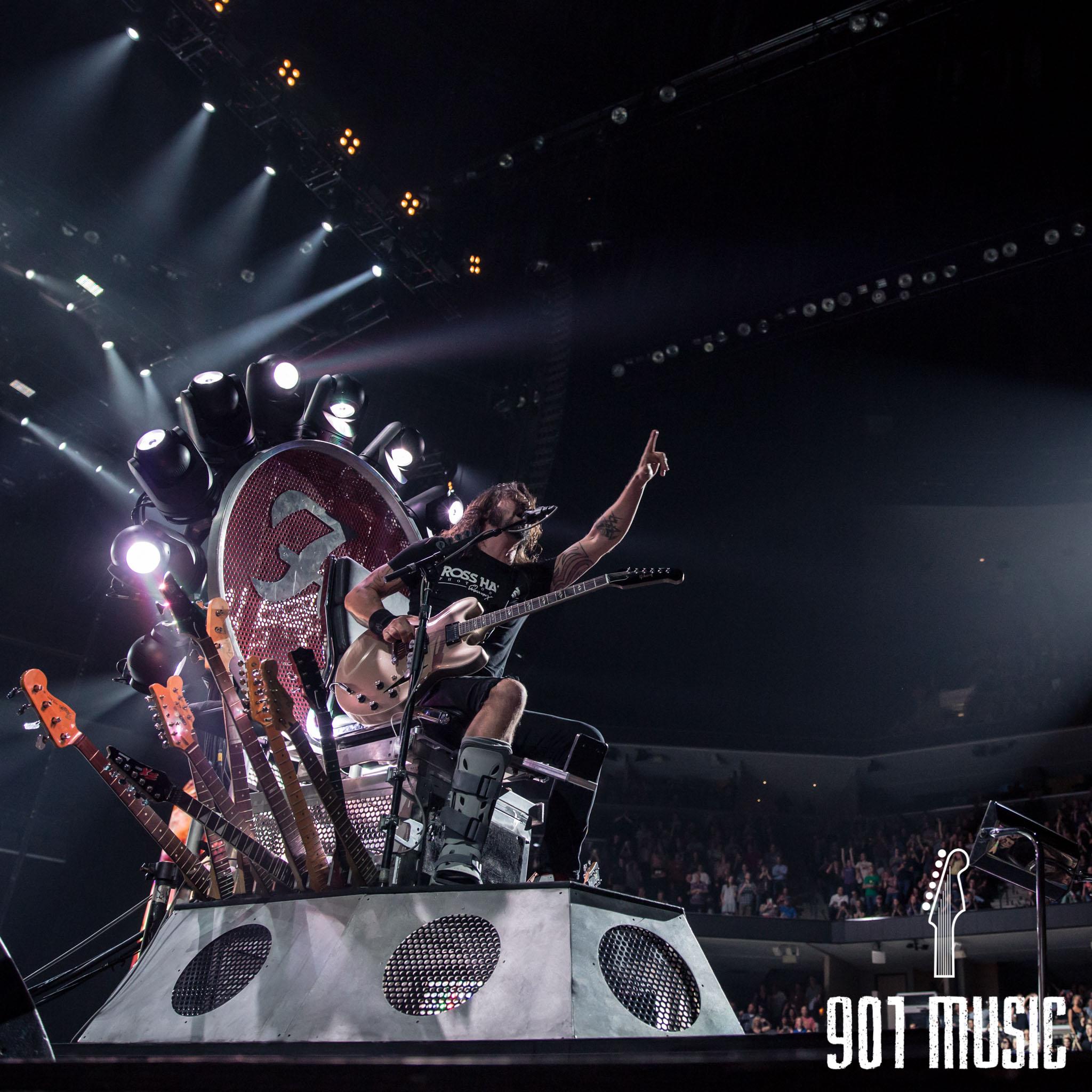na-1007-Foo Fighters-15.jpg