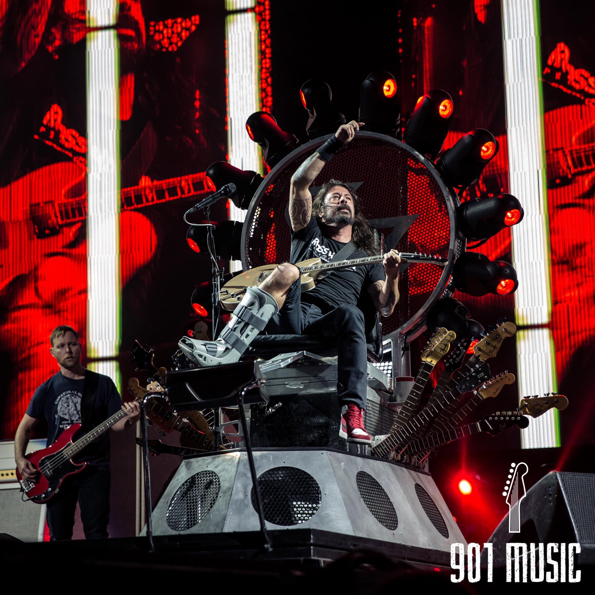 na-1007-Foo Fighters-25.jpg