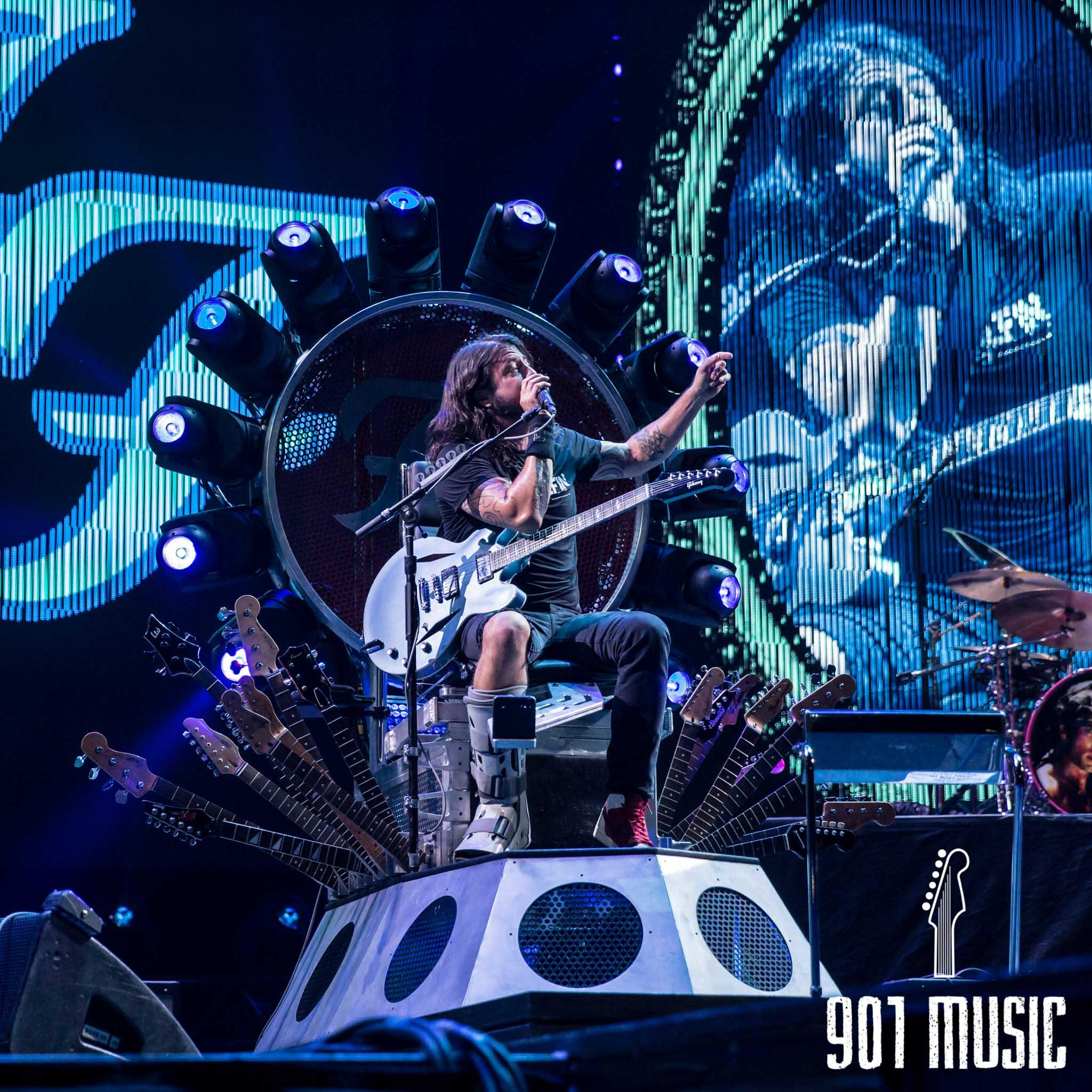 na-1007-Foo Fighters-27.jpg
