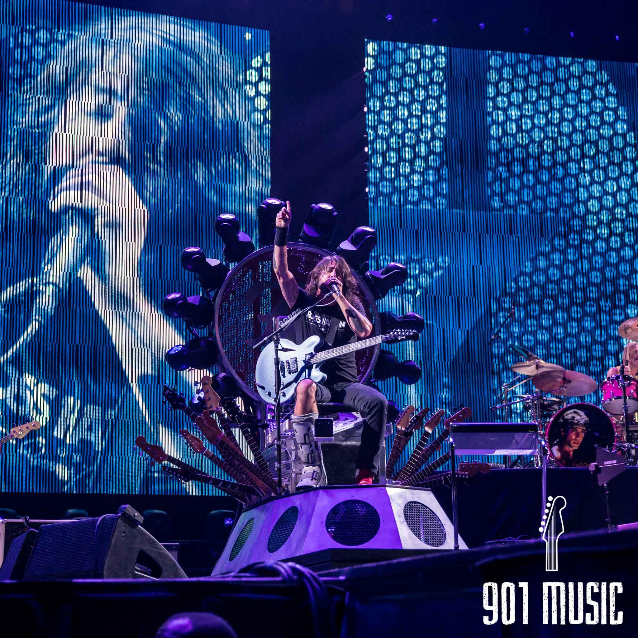 na-1007-Foo Fighters-29.jpg