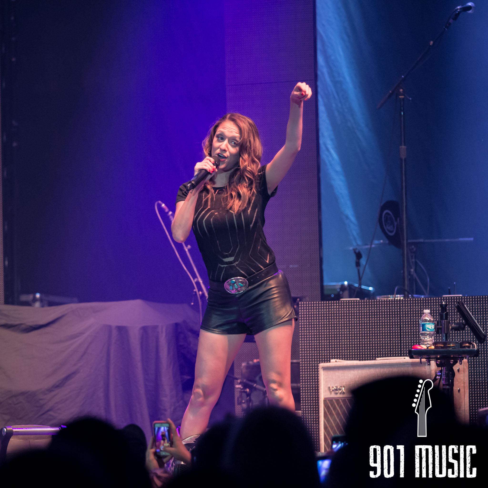 na-1009-Miranda Lambert-7.jpg