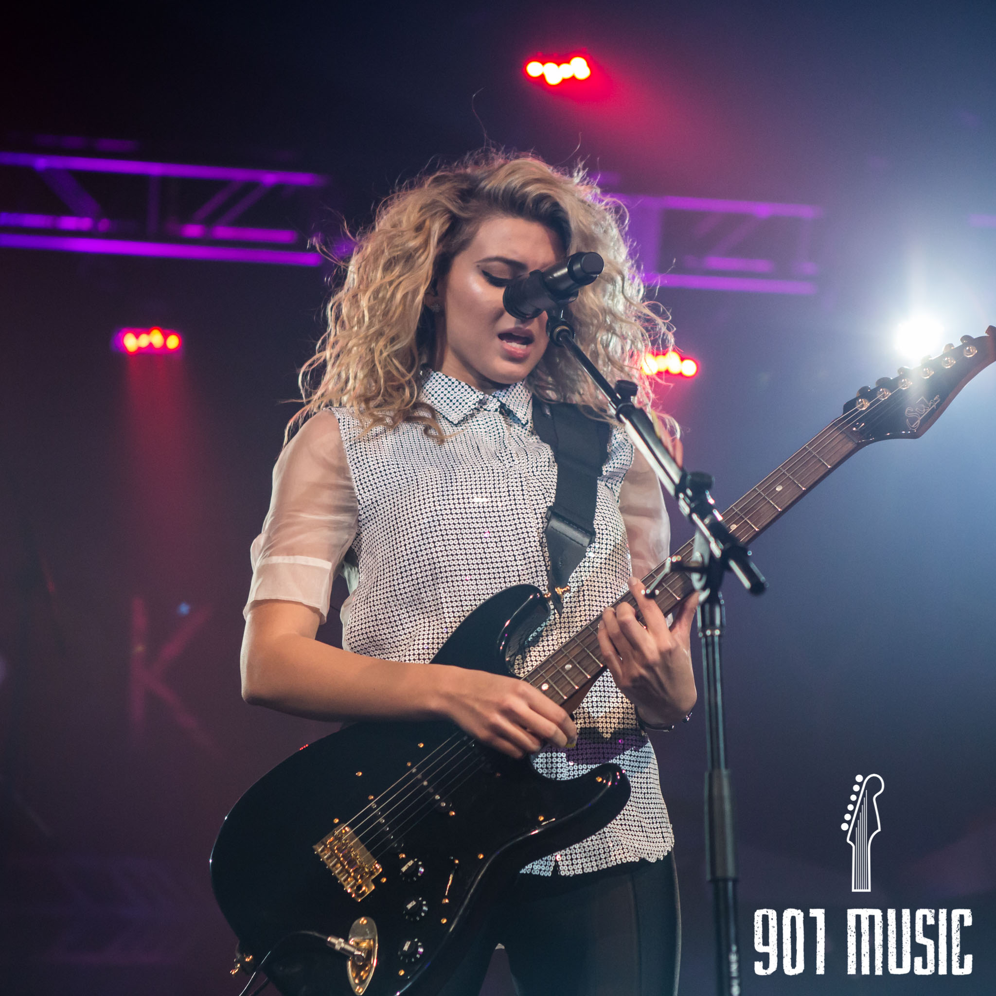 na-11052015-ToriKelly-28.jpg