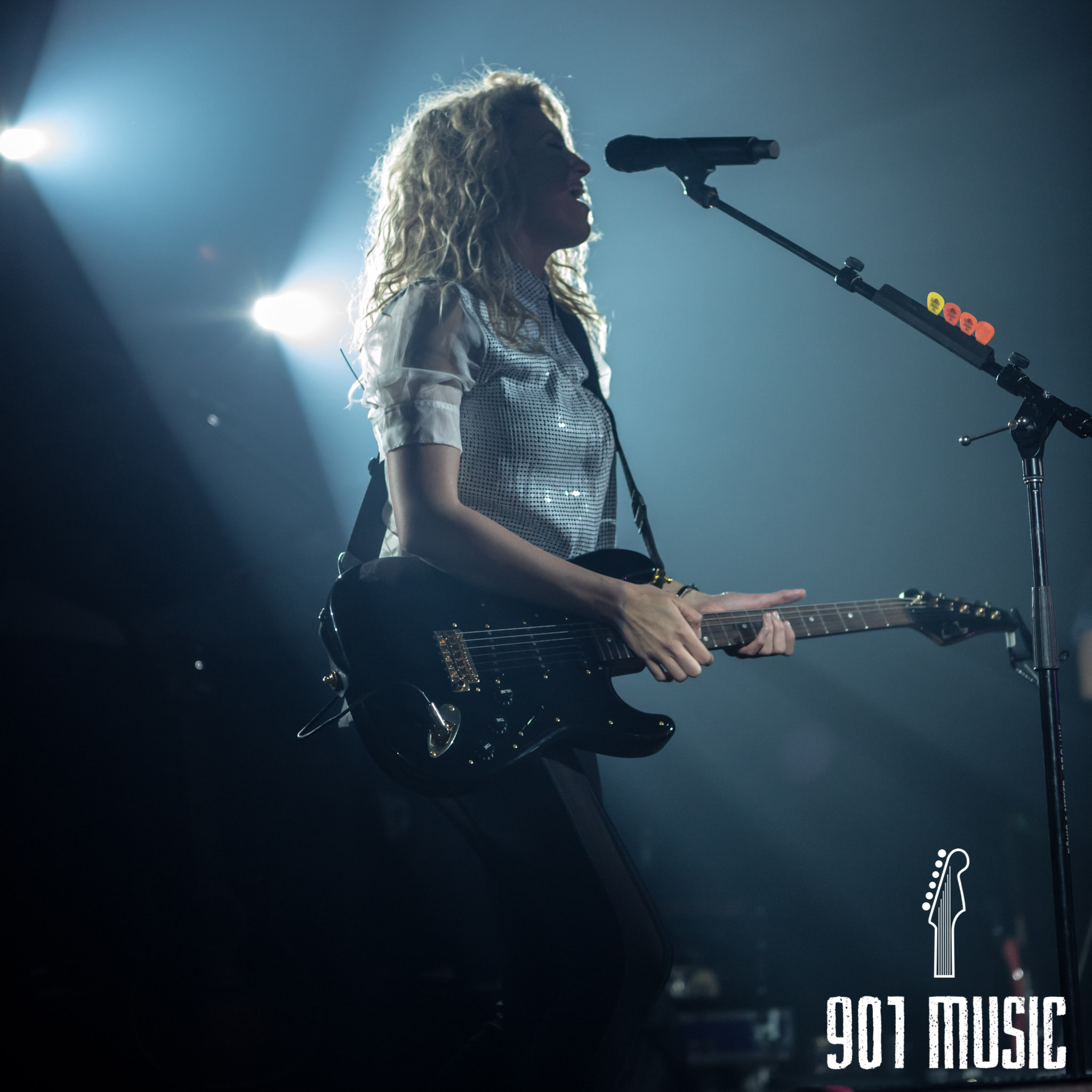 na-11052015-ToriKelly-39.jpg