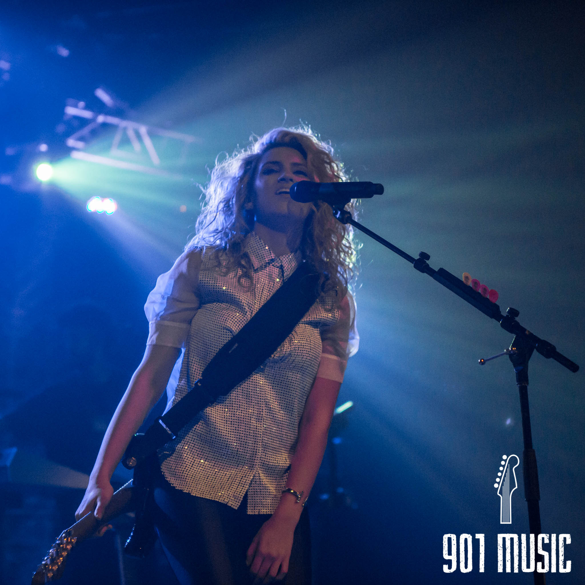 na-11052015-ToriKelly-49.jpg