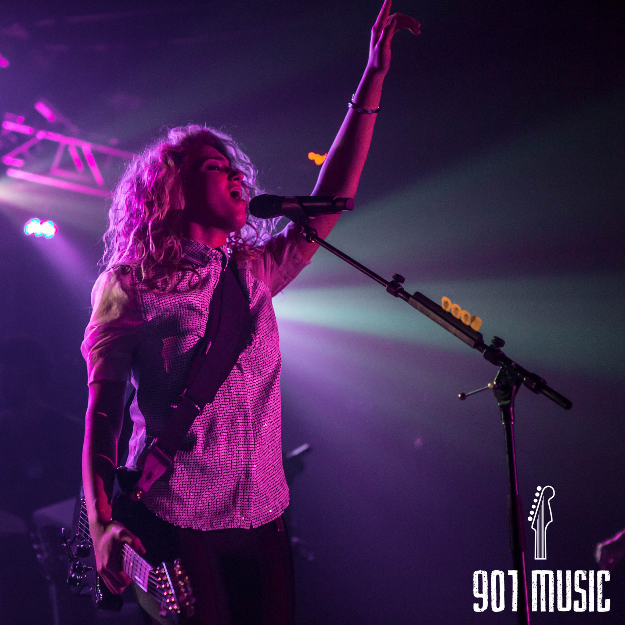 na-11052015-ToriKelly-50.jpg