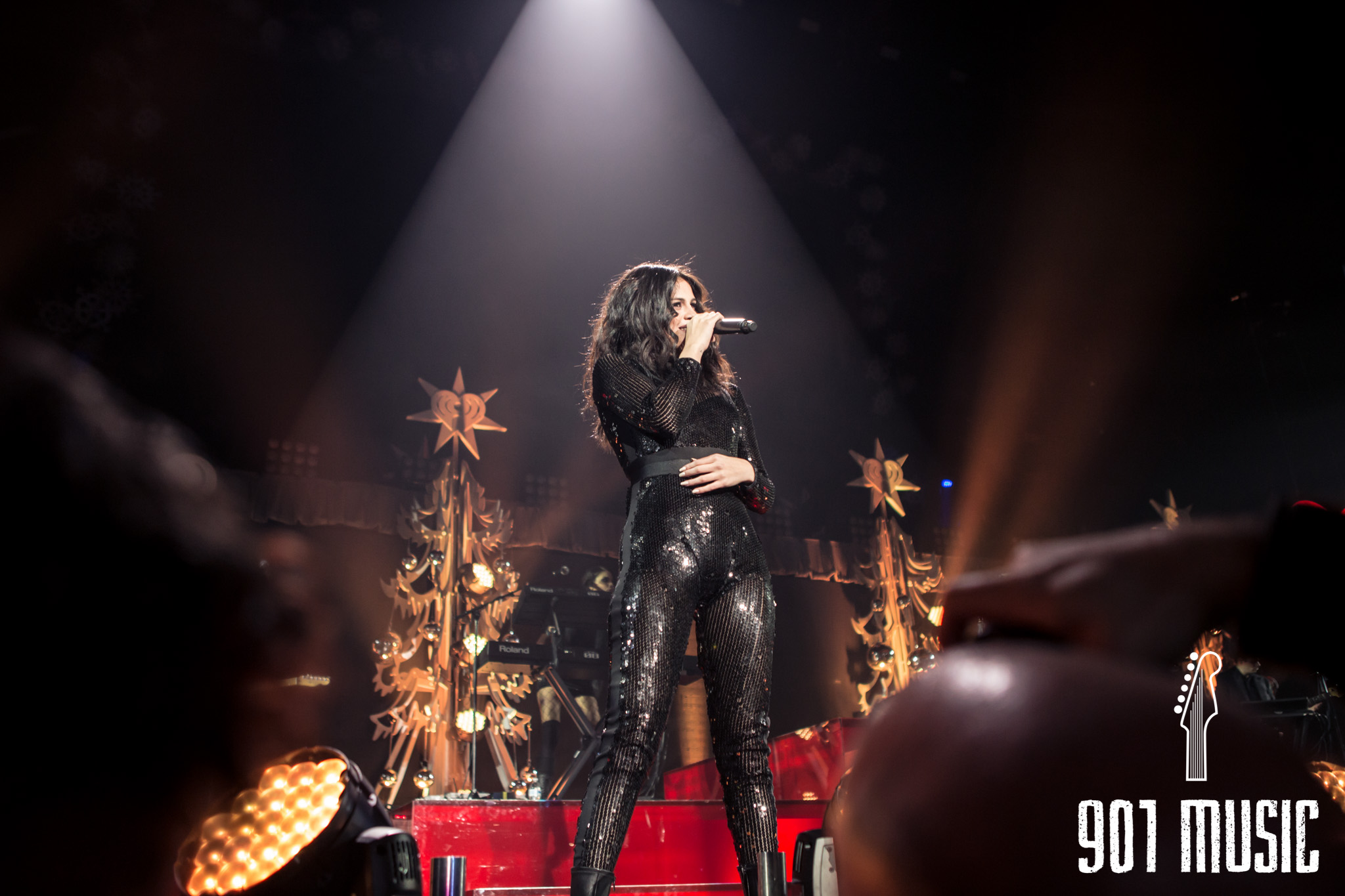 na-12162015-Jingle Ball Chicago-5.jpg