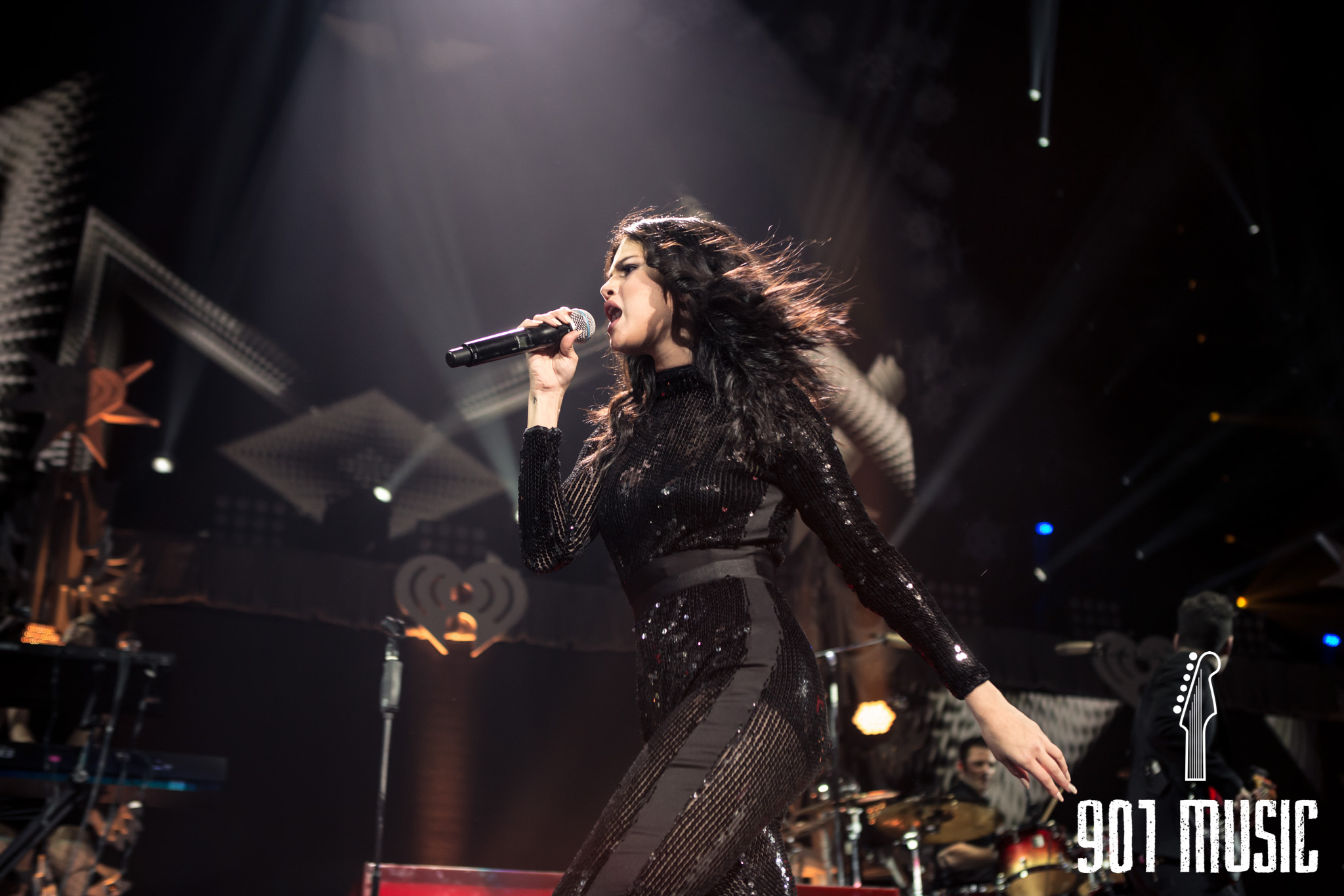 na-12162015-Jingle Ball Chicago-6.jpg