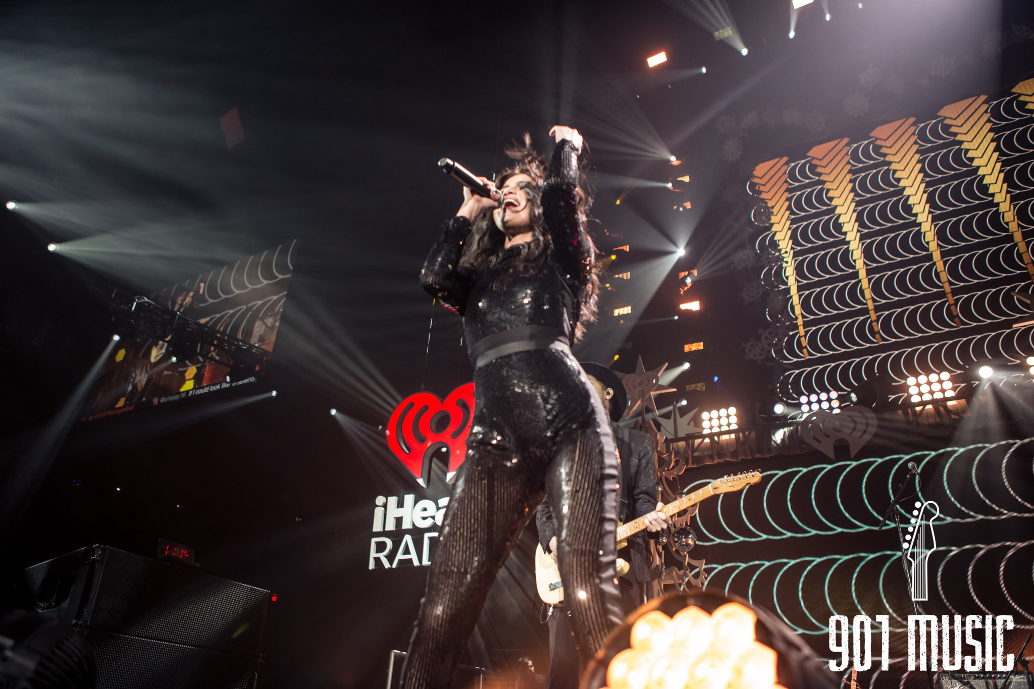 na-12162015-Jingle Ball Chicago-9.jpg
