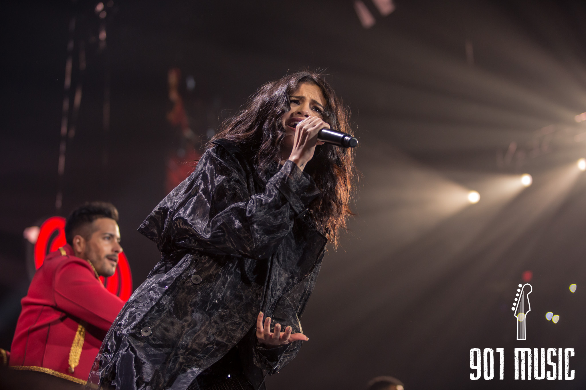 na-12162015-Jingle Ball Chicago-10.jpg