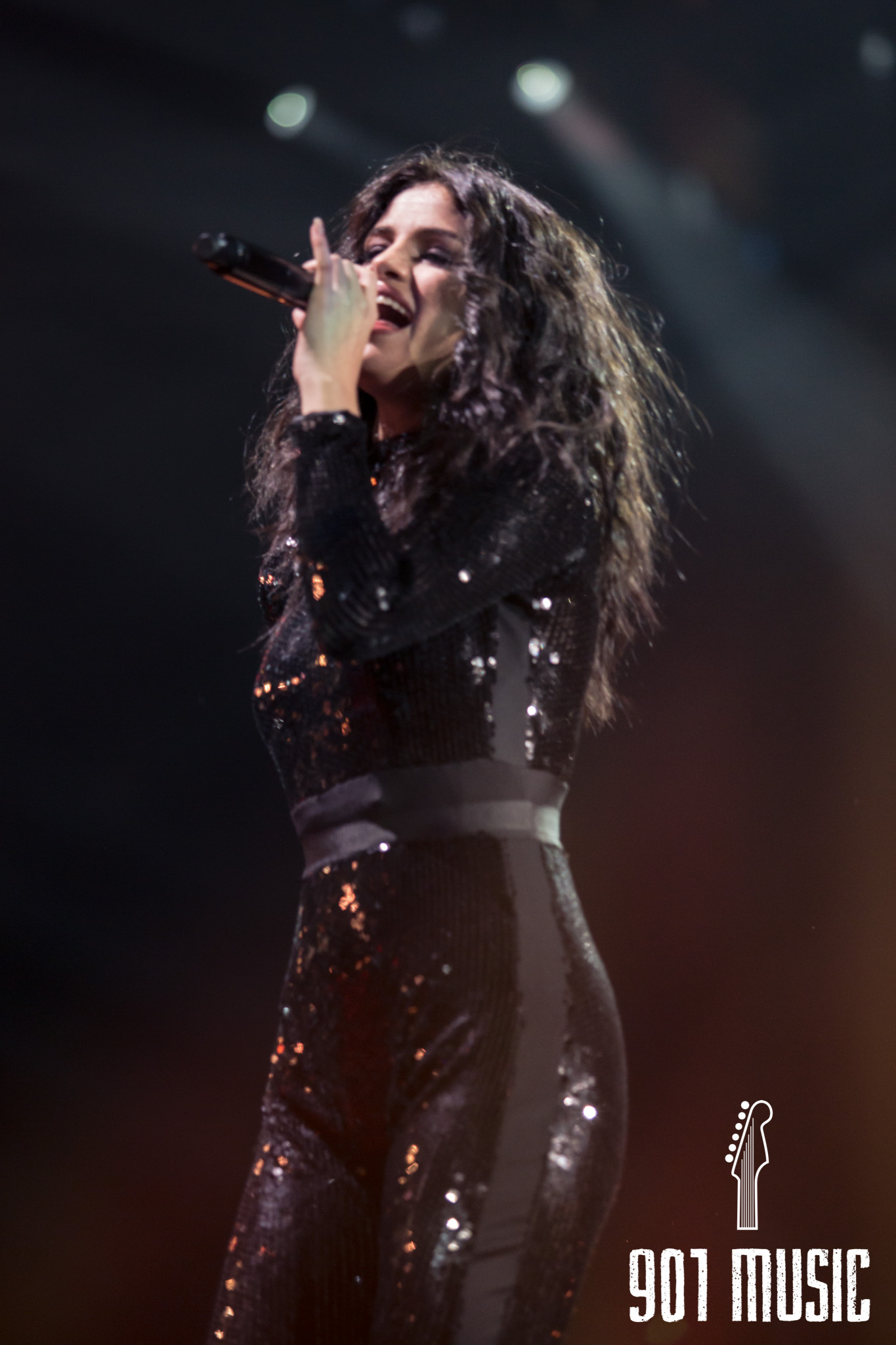 na-12162015-Jingle Ball Chicago-14.jpg