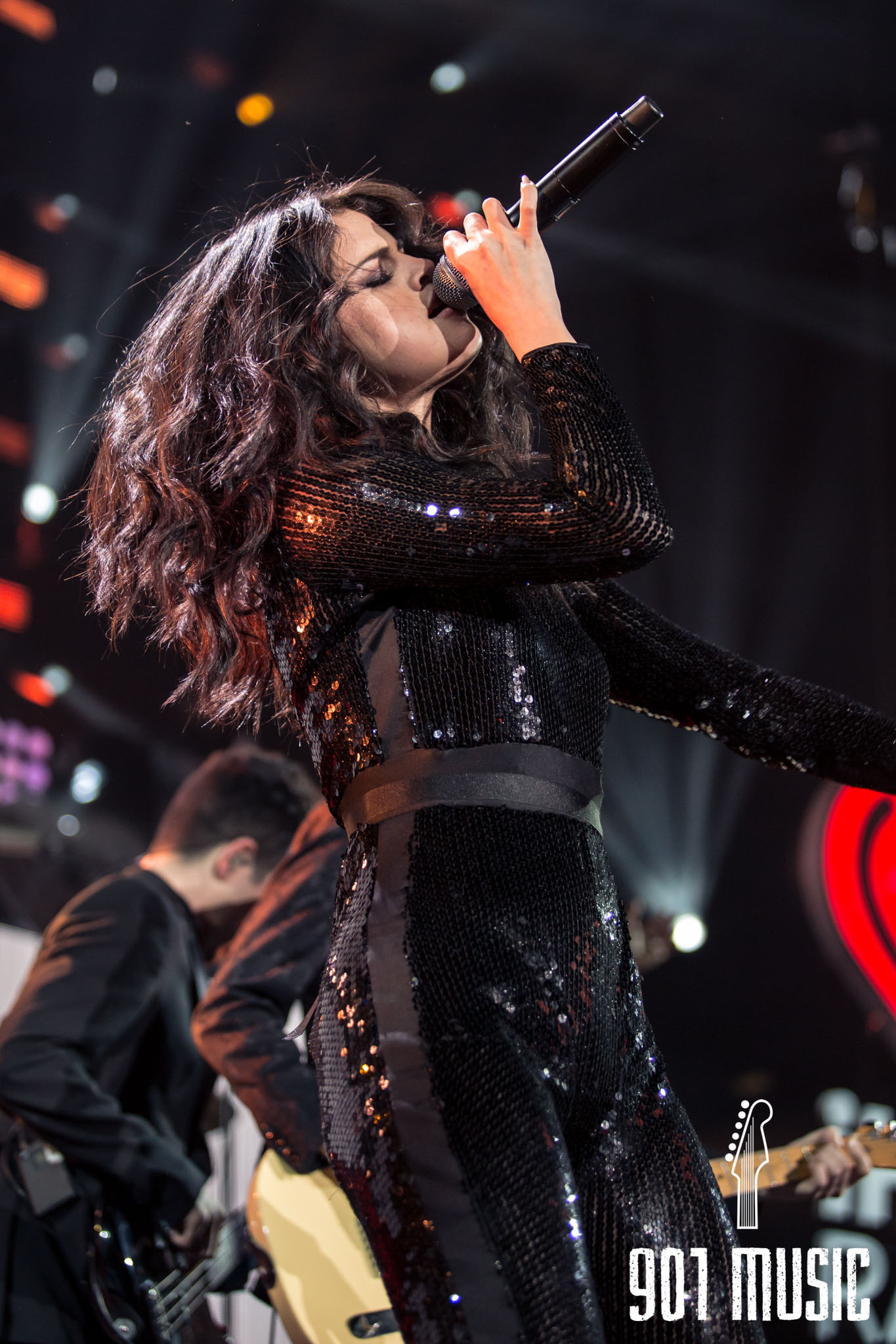 na-12162015-Jingle Ball Chicago-15.jpg