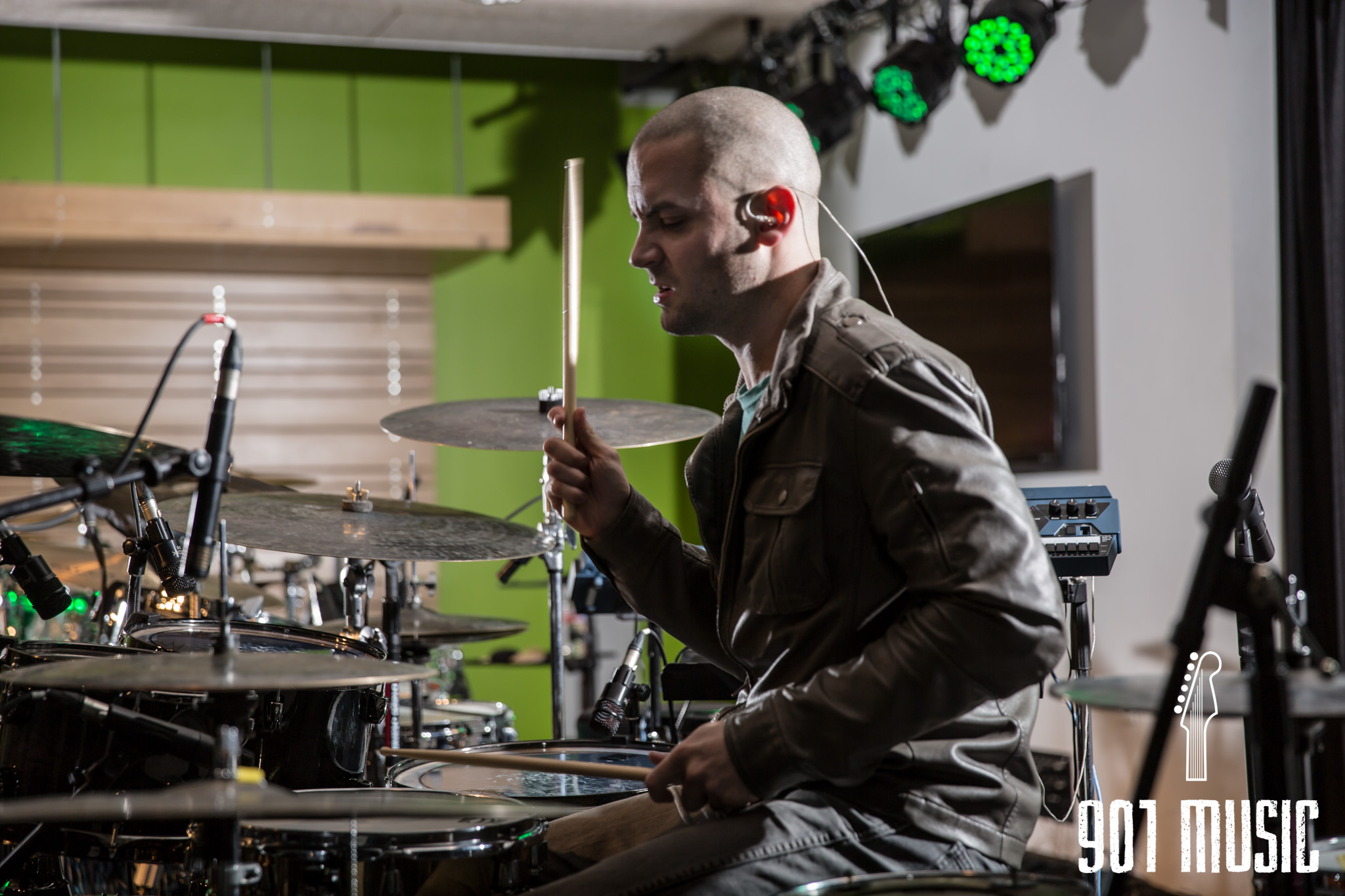 na-01222016-Visible Drum Show-21.jpg