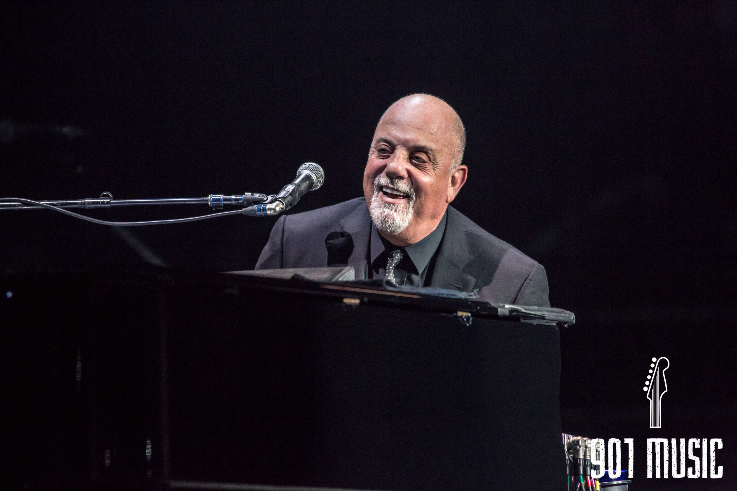 na-0352016-Billy Joel-2.jpg