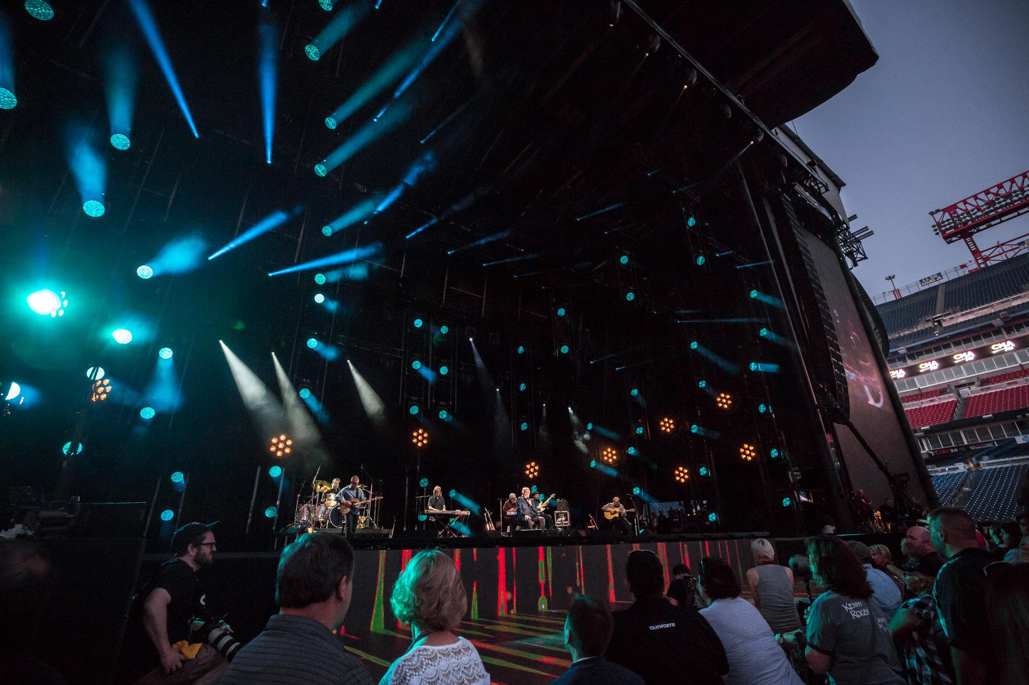 na06082017-CMA Fest Night 11.jpg