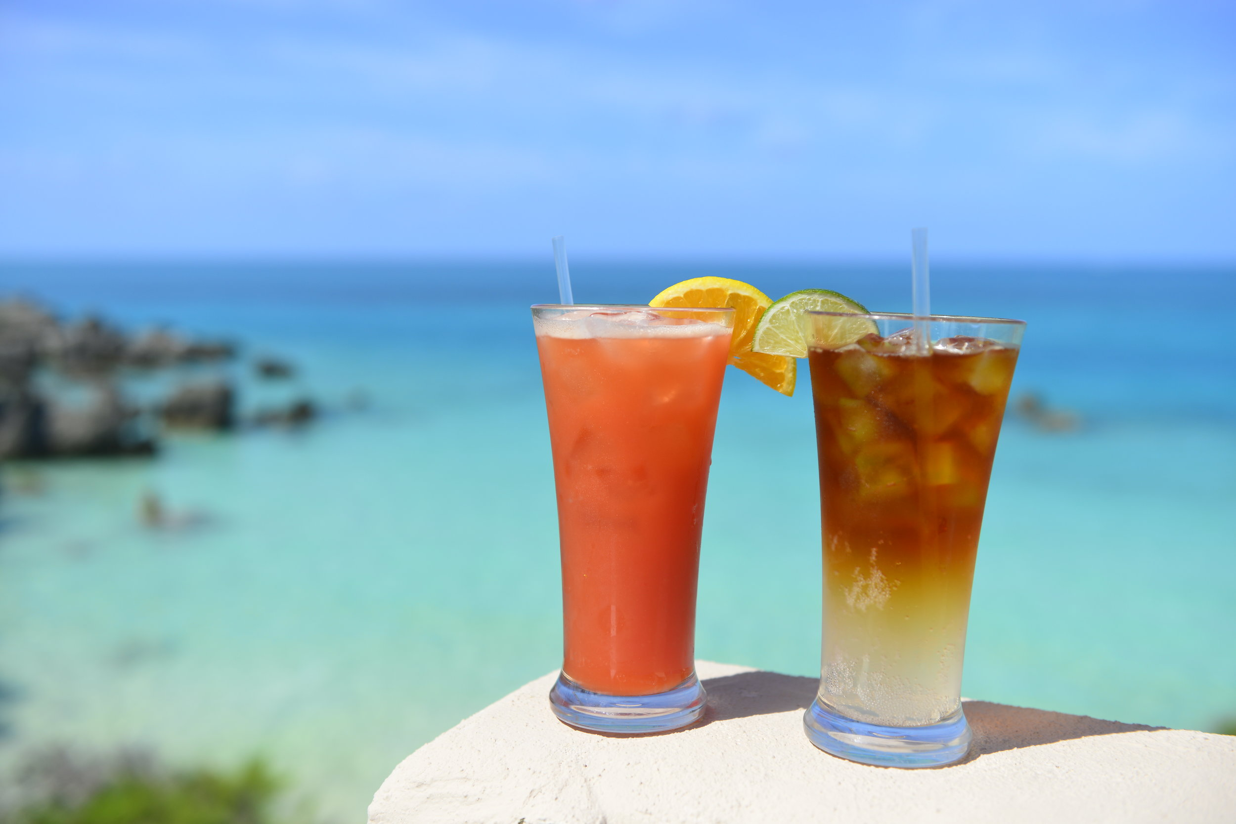 Tropical Drinks - Rum Swizzle and Dark n' Stormy at Beach House - Bermuda