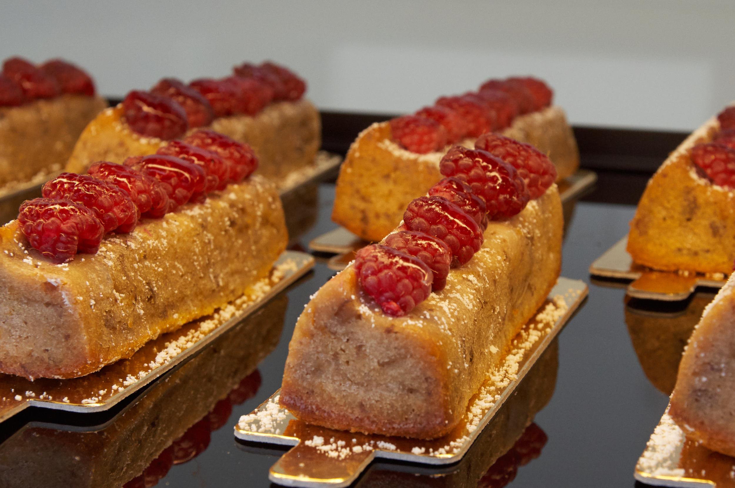 Ricotta Walnut Cake