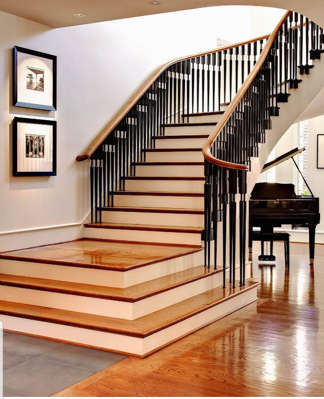 Private Res Staircase 2.jpg