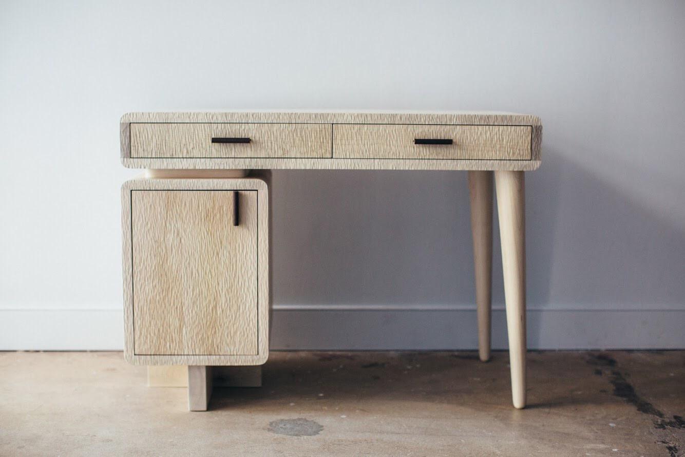 Desert Desk -
