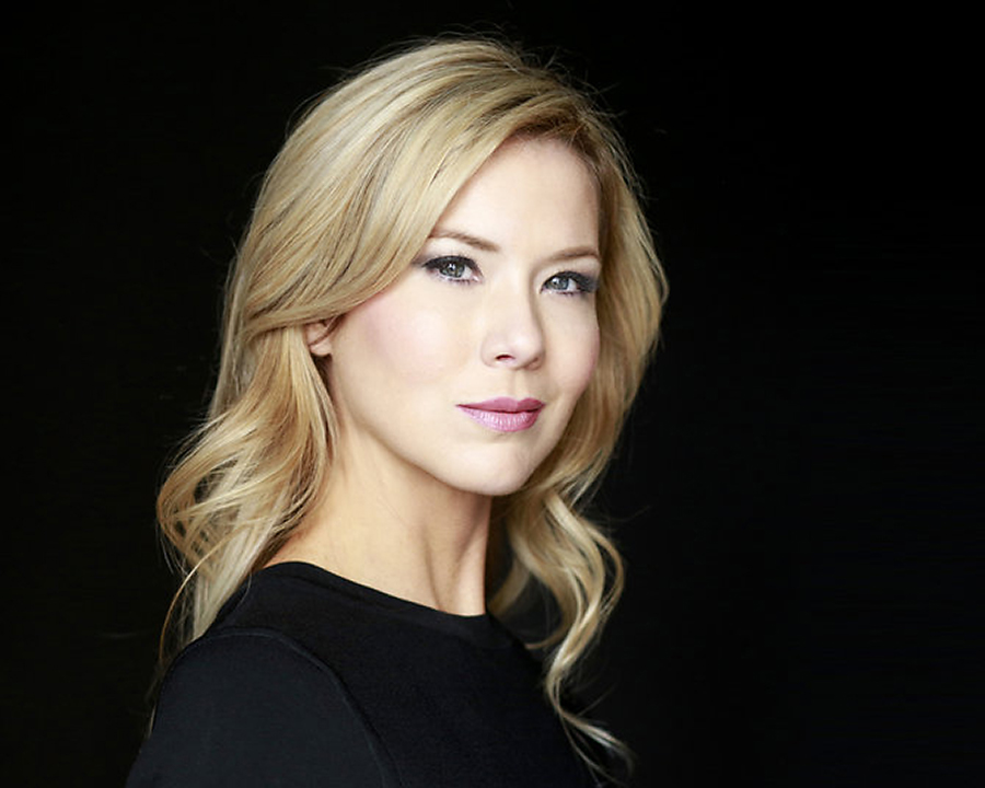 Ashley-Bell-headshot.jpg