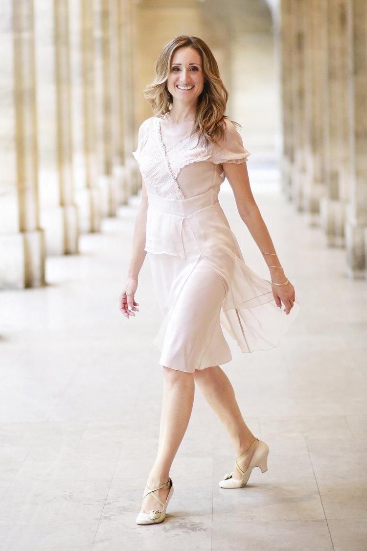 Elena-Bensonoff-Paris-Personal-Branding-Shoot.jpg