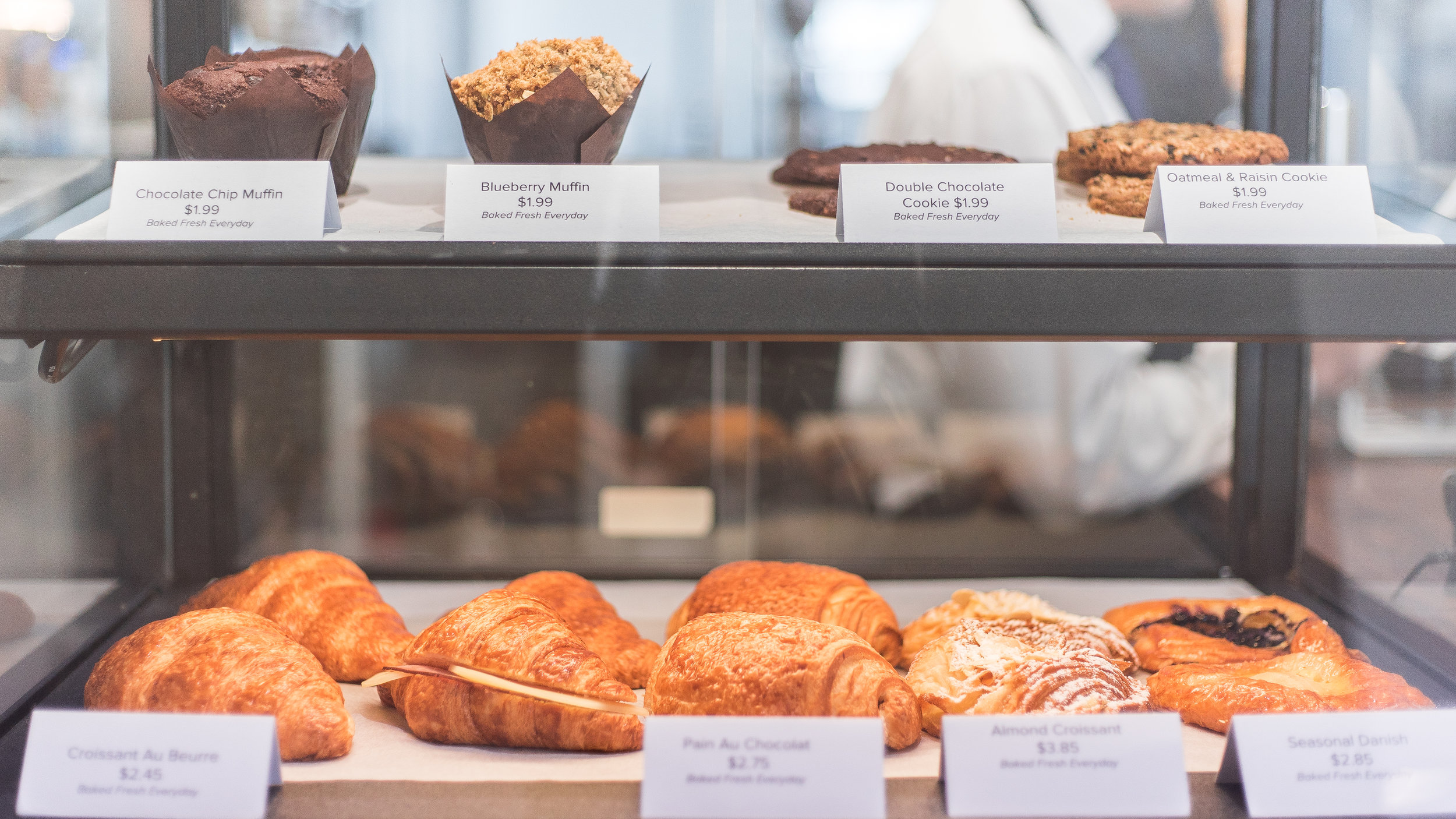 pastrie delivery and catering, Parisian boulangerie patisserie