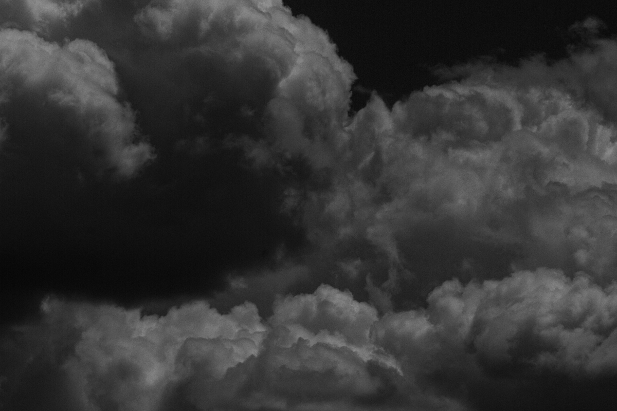 untitled-39_Robbers Roost_Clouds_photoessay_dg_web.jpg