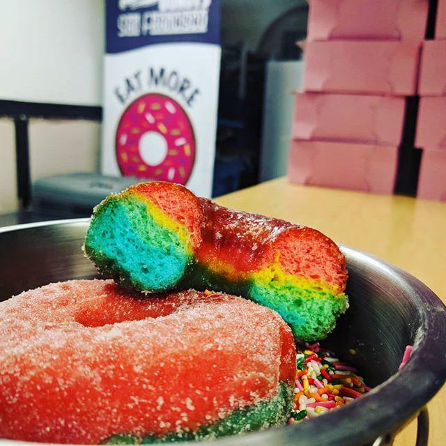 #tasteourrainbow #pridemonth #sfpride #pride #gaysofinstagram #worldpridemonth #yaaaaassss
