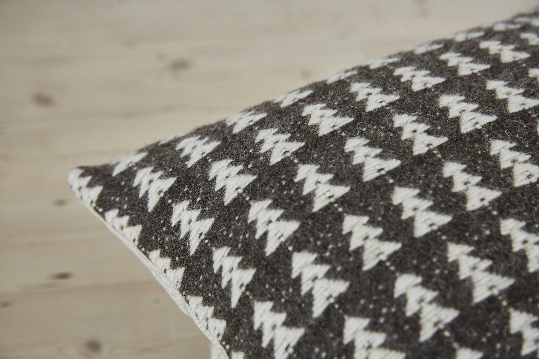 Ely handwoven woollen cushion cover
