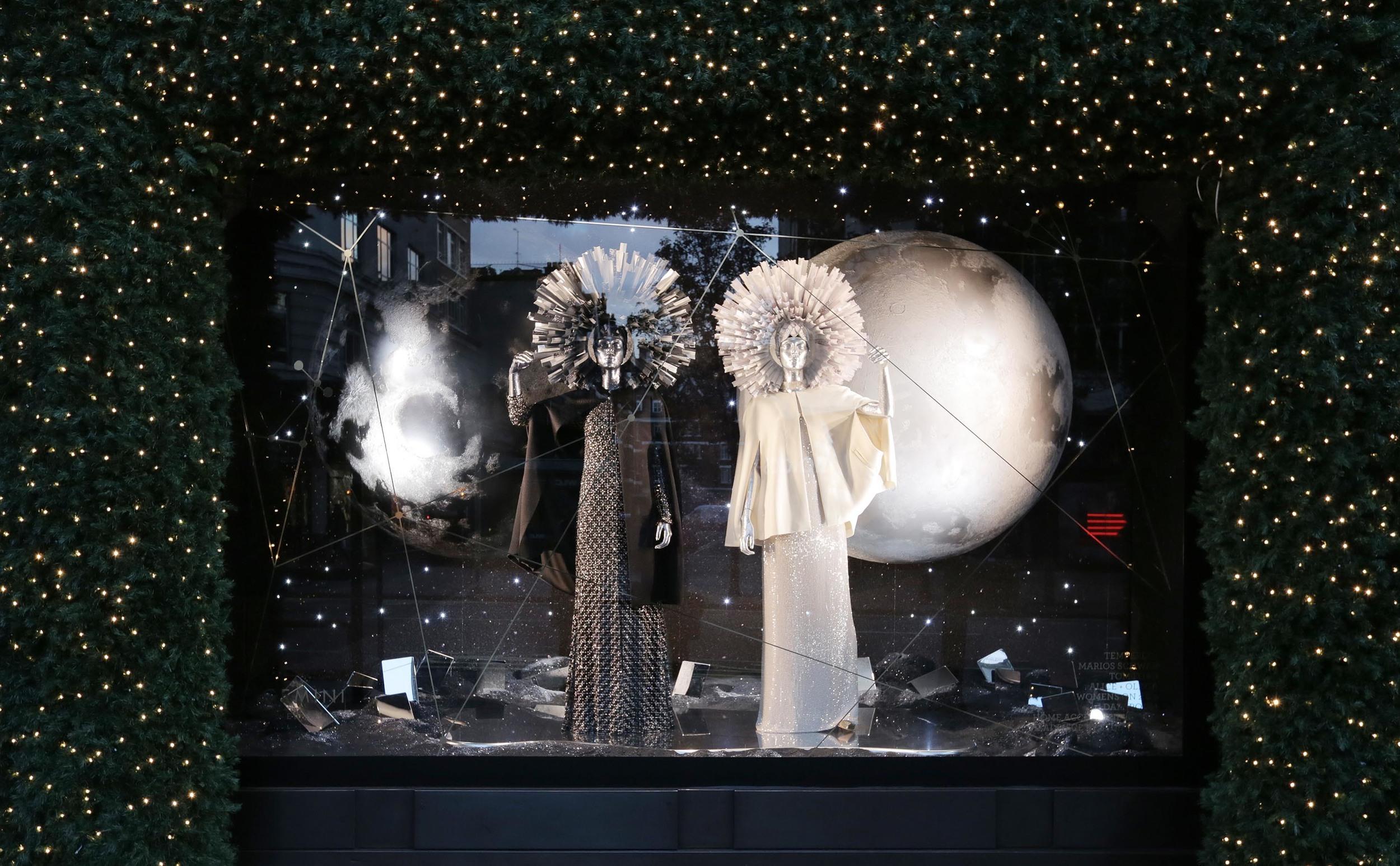 Selfridges Christmas Windows 2015_Journey to the Stars_Zodiac Gemini.jpg